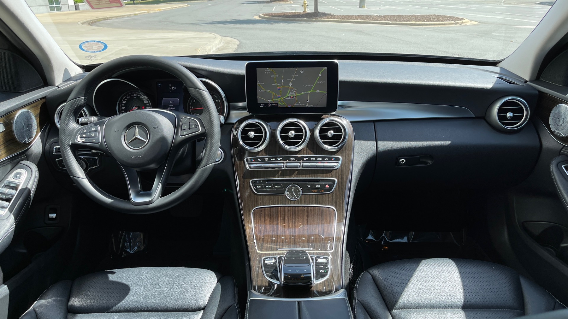 Used 2015 Mercedes-Benz C-CLASS C 300 4MATIC PREMIUM / MULTI MEDIA PKG / BSA / REARVIEW for sale $21,795 at Formula Imports in Charlotte NC 28227 50