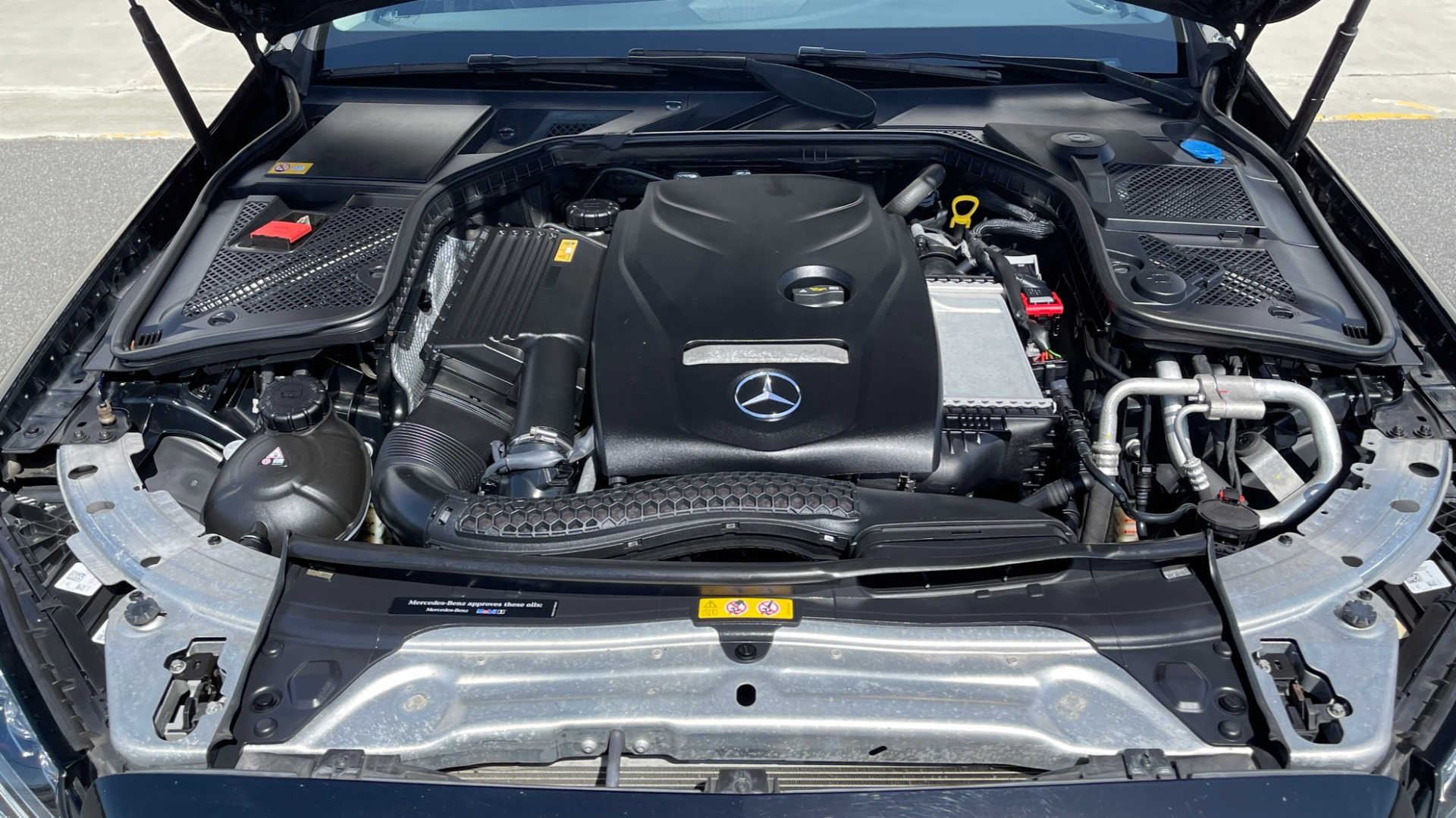 Used 2015 Mercedes-Benz C-CLASS C 300 4MATIC PREMIUM / MULTI MEDIA PKG / BSA / REARVIEW for sale $21,795 at Formula Imports in Charlotte NC 28227 8