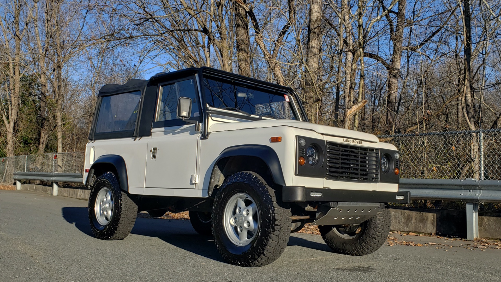Used 1995 Land Rover DEFENDER 90 NAS SOFT-TOP AUTO / LS3 V8 / LOW MILES / SUPER CLEAN for sale Sold at Formula Imports in Charlotte NC 28227 5