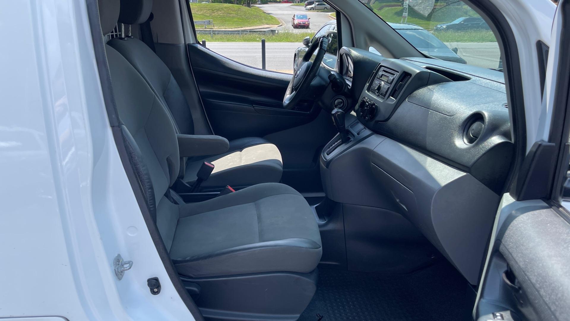 Used 2016 Nissan NV200 SV / WORK VAN / EXTERIOR APPEARANCE PKG / SPLASH GUARDS for sale $14,999 at Formula Imports in Charlotte NC 28227 52