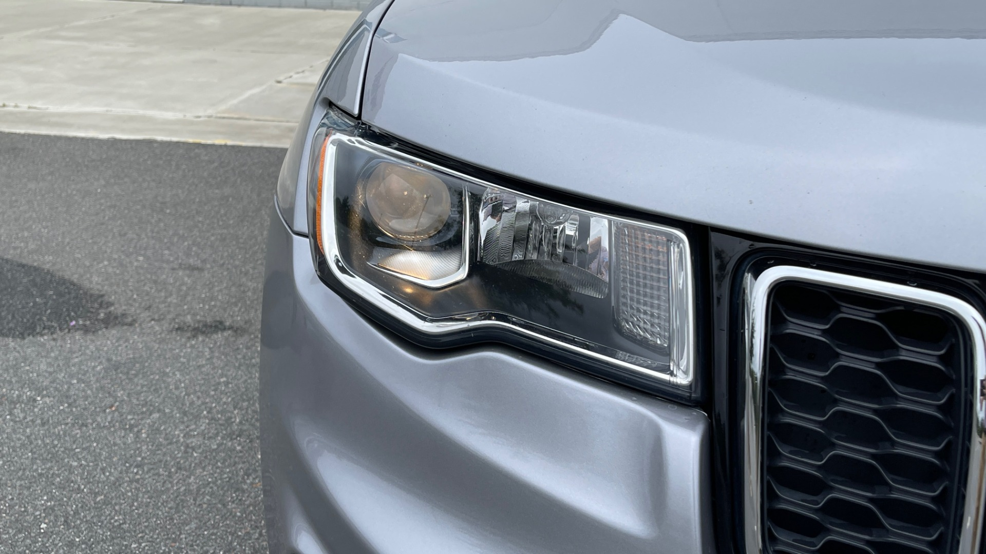 Used 2017 Jeep GRAND CHEROKEE LAREDO E 4X4 / KEYLESS-GO / 8.4IN TOUCH SCREEN / REARVIEW for sale $27,595 at Formula Imports in Charlotte NC 28227 11