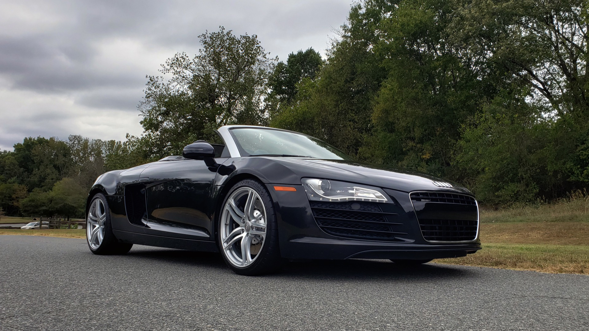 Used 2011 Audi R8 4.2L SPYDER QUATTRO / NAV / 19 IN WHEELS / LOW MILES for sale Sold at Formula Imports in Charlotte NC 28227 22