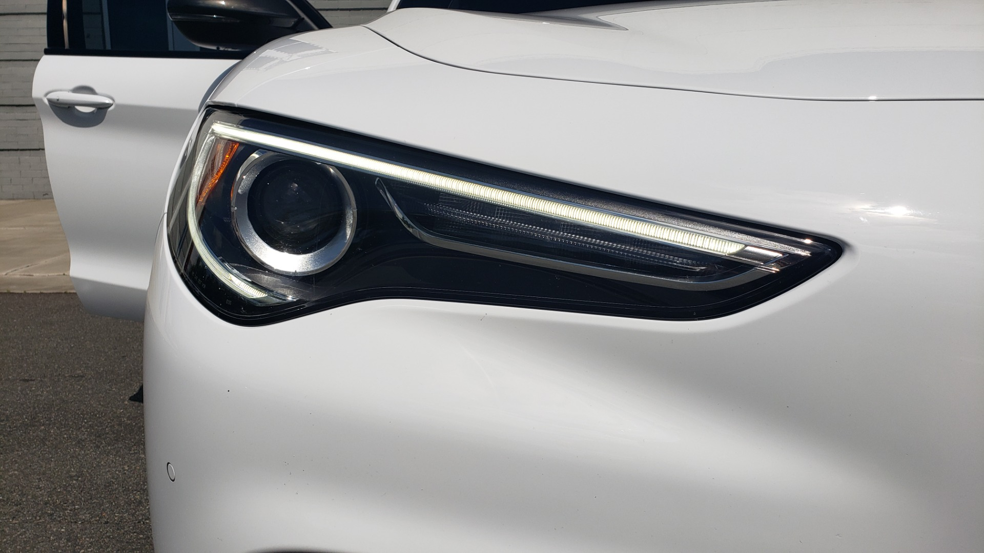 Used 2019 Alfa Romeo STELVIO TI SPORT AWD / 2.0L TURBO / 8-SPD AUTO / DRVR ASST / REARVIEW for sale $37,495 at Formula Imports in Charlotte NC 28227 26