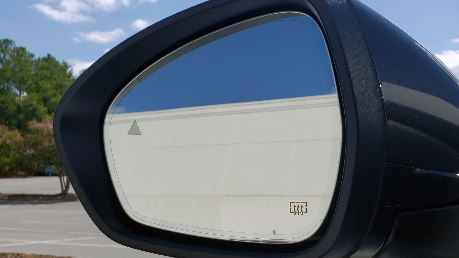 Used 2019 Alfa Romeo STELVIO TI SPORT AWD / 2.0L TURBO / 8-SPD AUTO / DRVR ASST / REARVIEW for sale $37,495 at Formula Imports in Charlotte NC 28227 31
