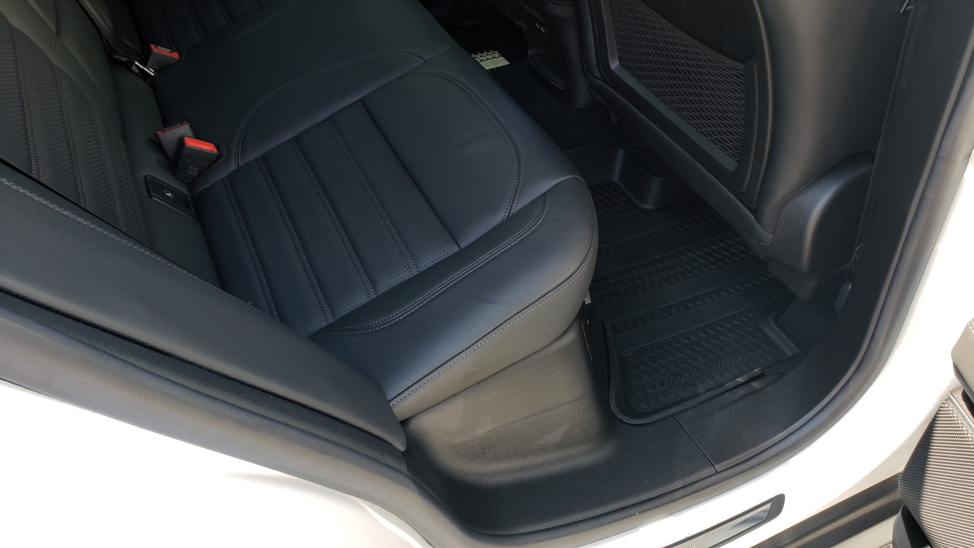 Used 2019 Alfa Romeo STELVIO TI SPORT AWD / 2.0L TURBO / 8-SPD AUTO / DRVR ASST / REARVIEW for sale $37,495 at Formula Imports in Charlotte NC 28227 75