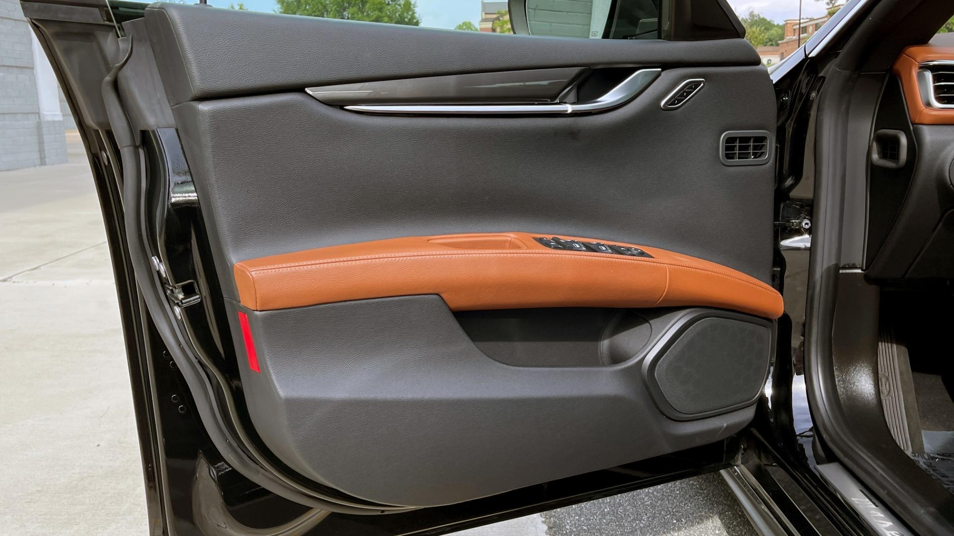 Used 2018 Maserati GHIBLI 3.0L SEDAN / 8-SPD AUTO / NAV / SUNROOF / REARVIEW for sale $42,995 at Formula Imports in Charlotte NC 28227 27