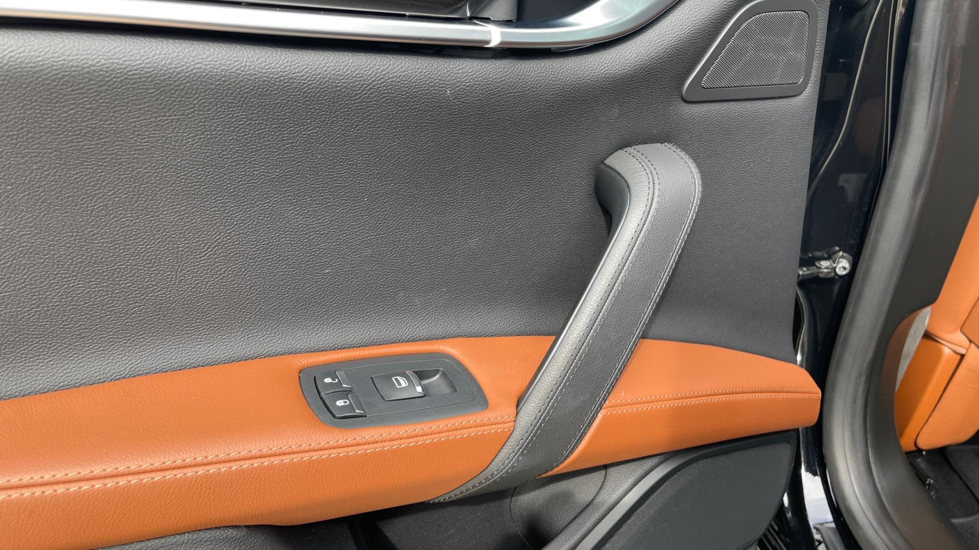 Used 2018 Maserati GHIBLI 3.0L SEDAN / 8-SPD AUTO / NAV / SUNROOF / REARVIEW for sale $42,995 at Formula Imports in Charlotte NC 28227 47