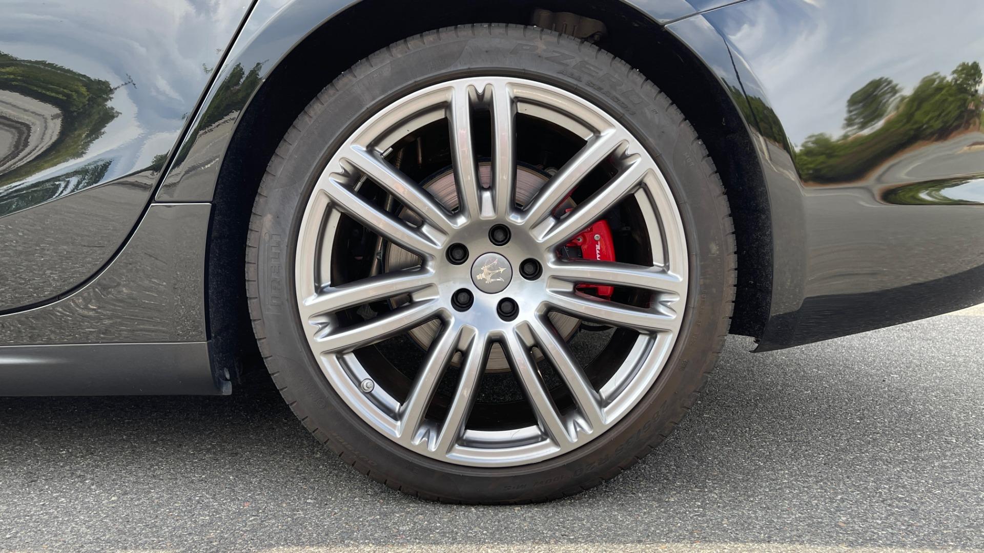 Used 2018 Maserati GHIBLI 3.0L SEDAN / 8-SPD AUTO / NAV / SUNROOF / REARVIEW for sale $42,995 at Formula Imports in Charlotte NC 28227 63