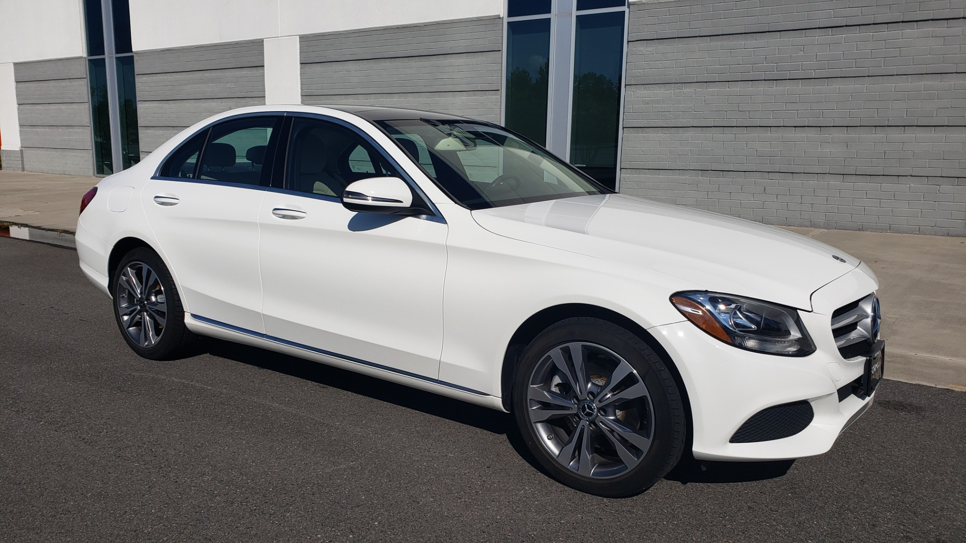 Used 2018 Mercedes-Benz C-Class C 300 4MATIC PREMIUM / APPLE CARPLAY / PANO-ROOF / REARVIEW for sale $33,795 at Formula Imports in Charlotte NC 28227 12