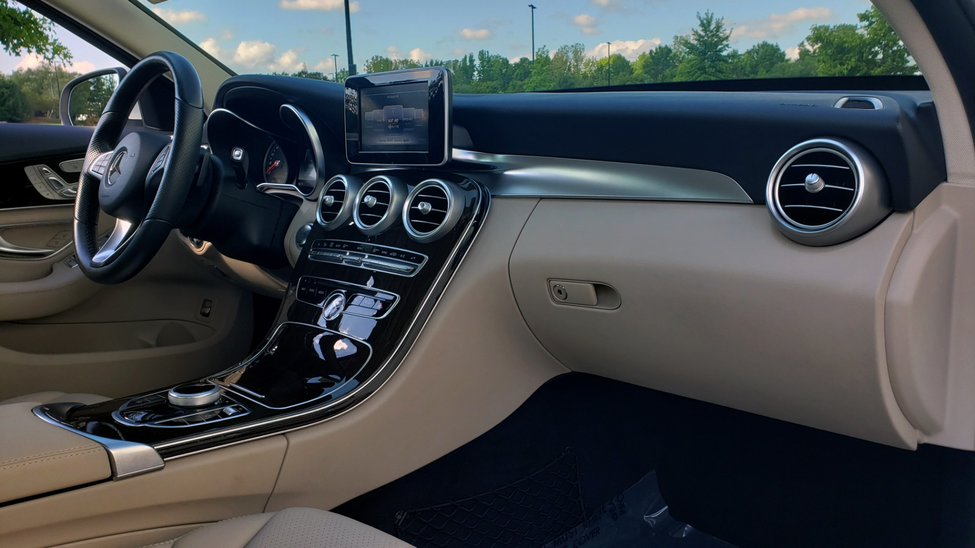 Used 2018 Mercedes-Benz C-Class C 300 4MATIC PREMIUM / APPLE CARPLAY / PANO-ROOF / REARVIEW for sale $33,795 at Formula Imports in Charlotte NC 28227 64