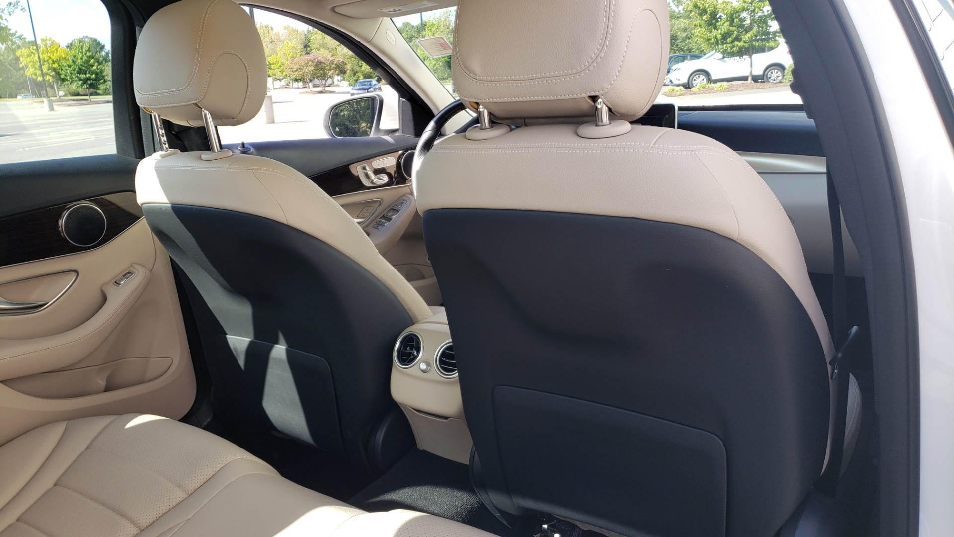 Used 2018 Mercedes-Benz C-Class C 300 4MATIC PREMIUM / APPLE CARPLAY / PANO-ROOF / REARVIEW for sale $33,795 at Formula Imports in Charlotte NC 28227 69