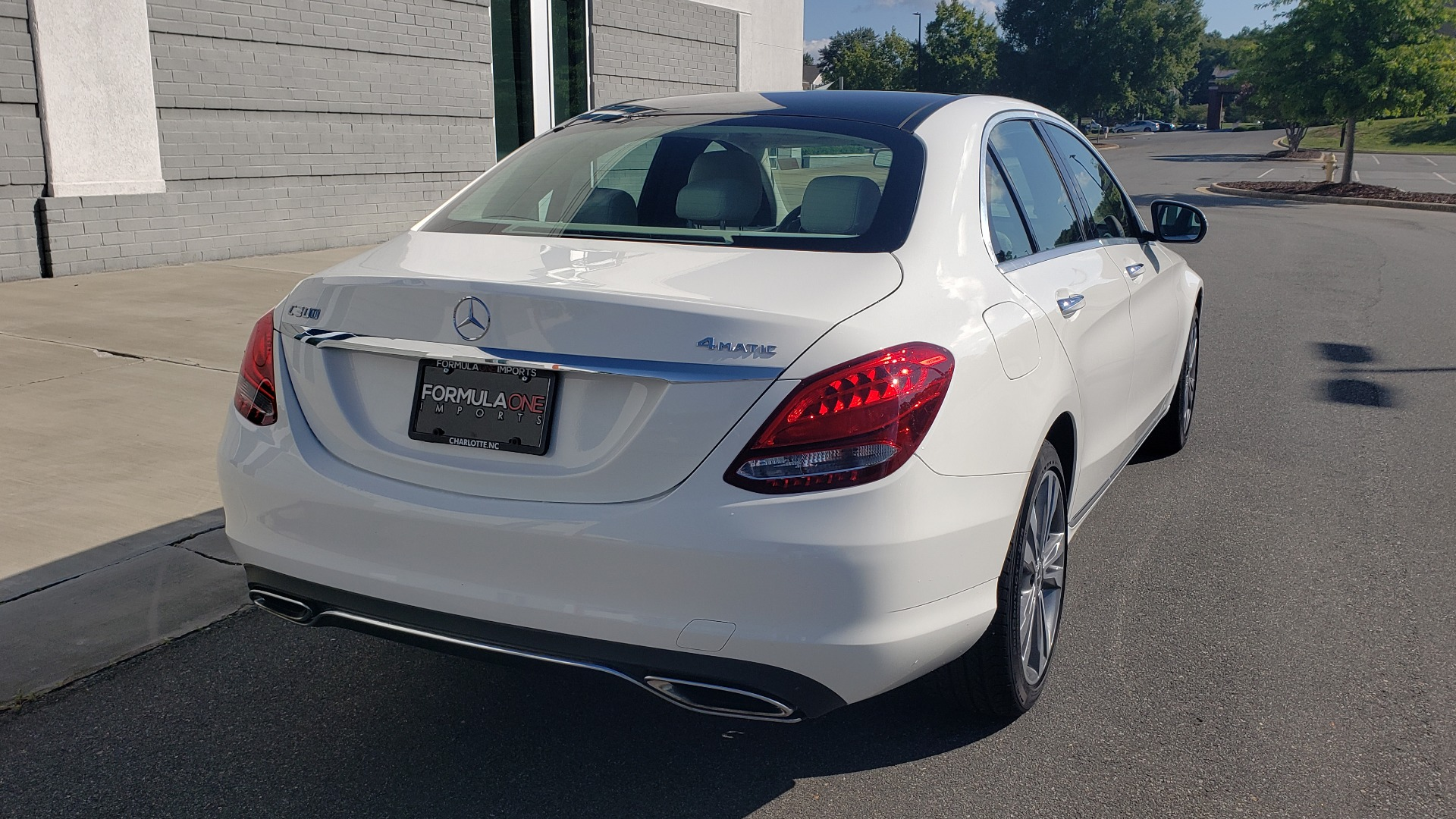 Used 2018 Mercedes-Benz C-Class C 300 4MATIC PREMIUM / APPLE CARPLAY / PANO-ROOF / REARVIEW for sale $33,795 at Formula Imports in Charlotte NC 28227 9