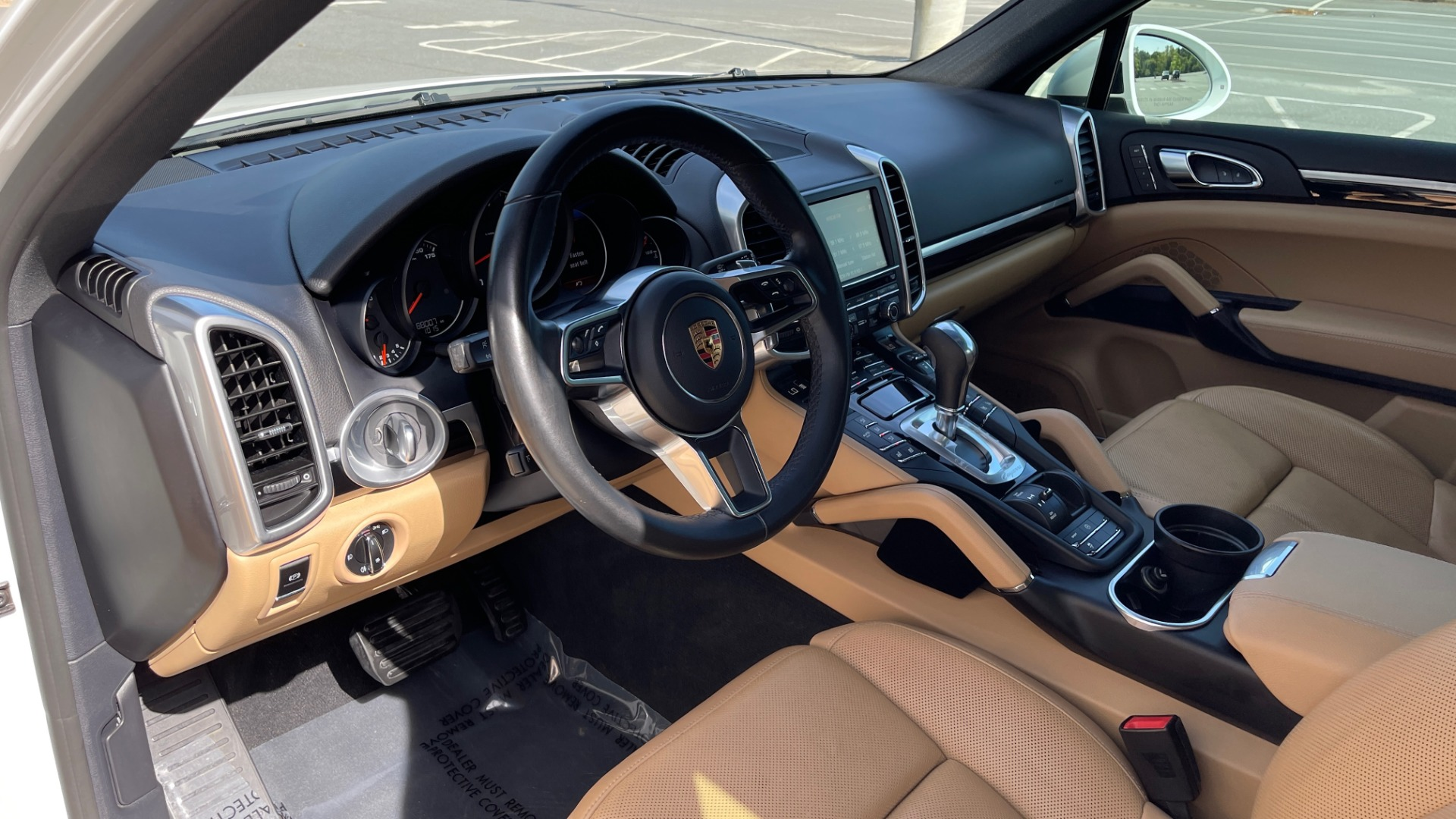 Used 2016 Porsche CAYENNE AWD / 3.6L TURBO / PREMIUM / BOSE / PANO-ROOF / NAV / LCA for sale $32,995 at Formula Imports in Charlotte NC 28227 28
