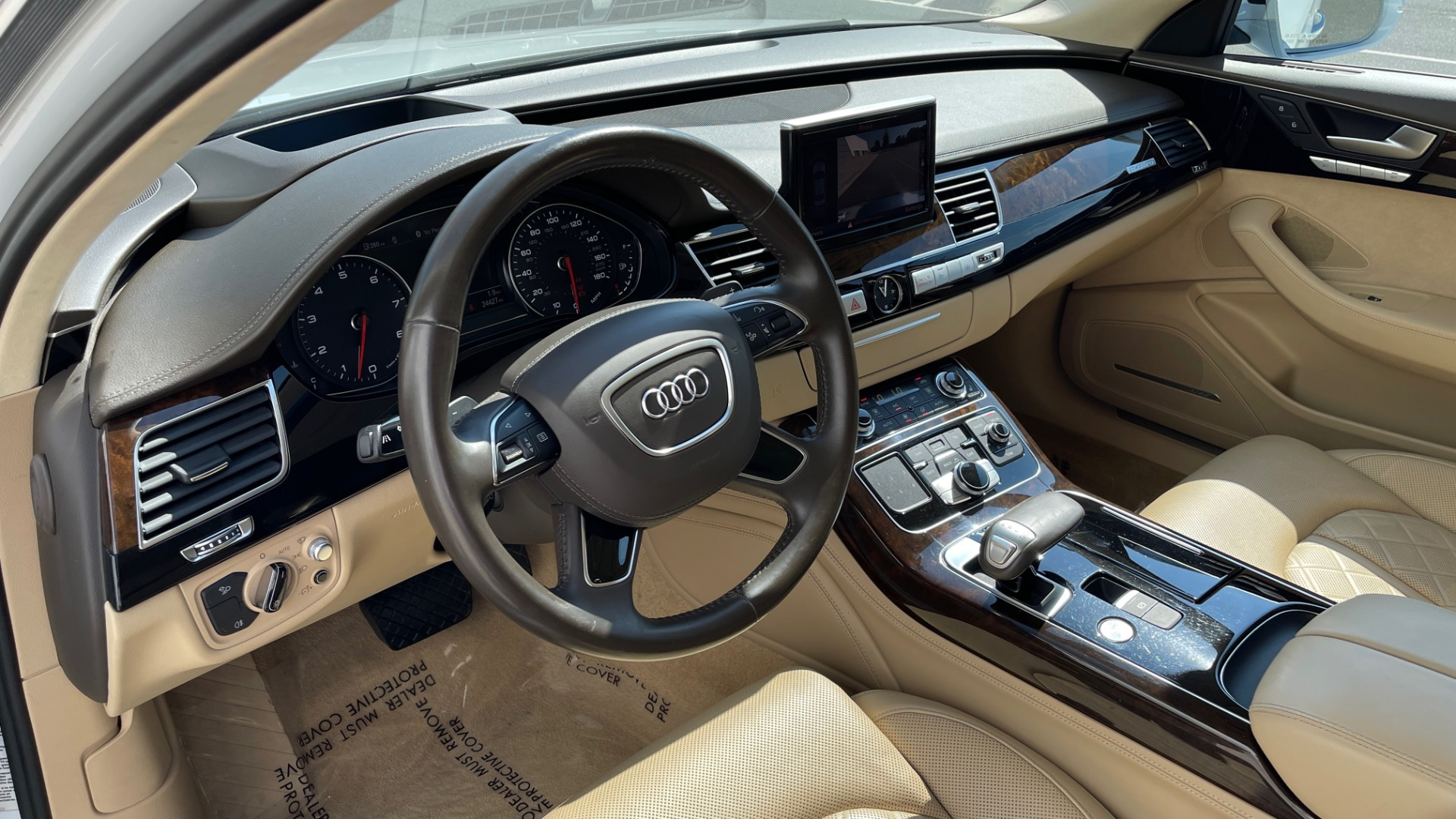 Used 2018 Audi A8 L SPORT 4.0T / EXECUTIVE PKG / NAV / BOSE / SUNROOF / REARVIEW for sale Sold at Formula Imports in Charlotte NC 28227 33