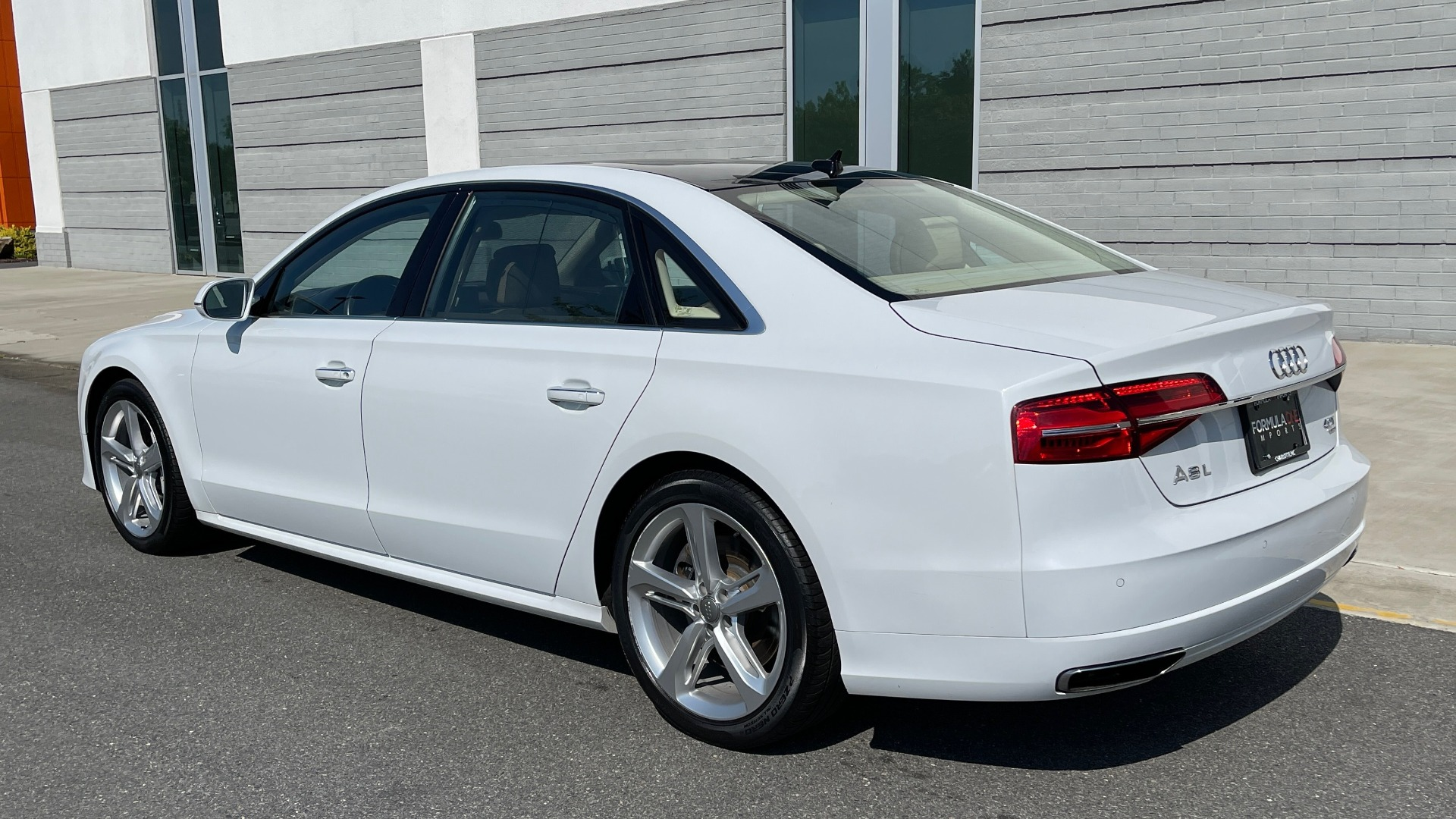 Used 2018 Audi A8 L SPORT 4.0T / EXECUTIVE PKG / NAV / BOSE / SUNROOF / REARVIEW for sale Sold at Formula Imports in Charlotte NC 28227 4