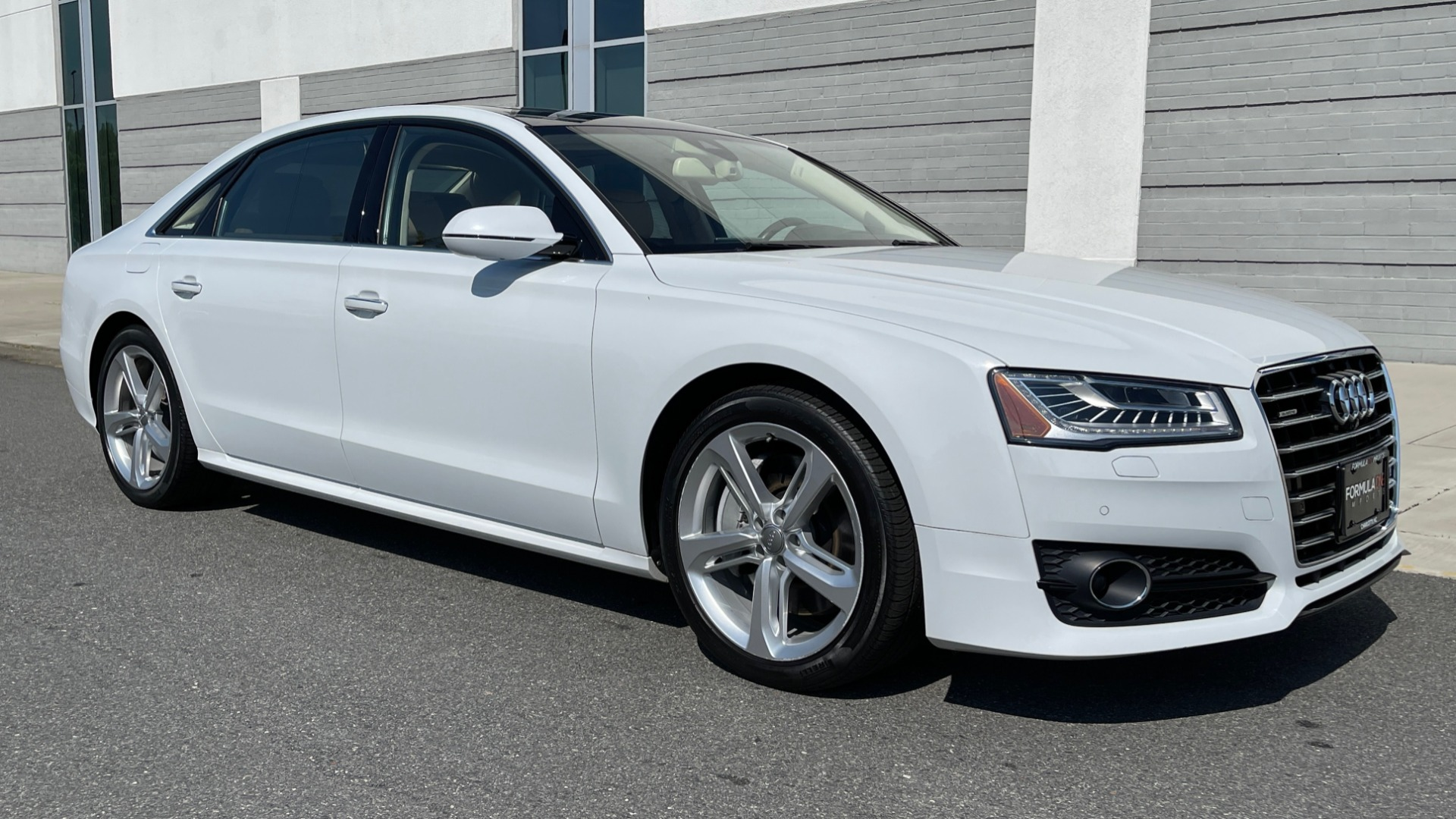 Used 2018 Audi A8 L SPORT 4.0T / EXECUTIVE PKG / NAV / BOSE / SUNROOF / REARVIEW for sale Sold at Formula Imports in Charlotte NC 28227 5