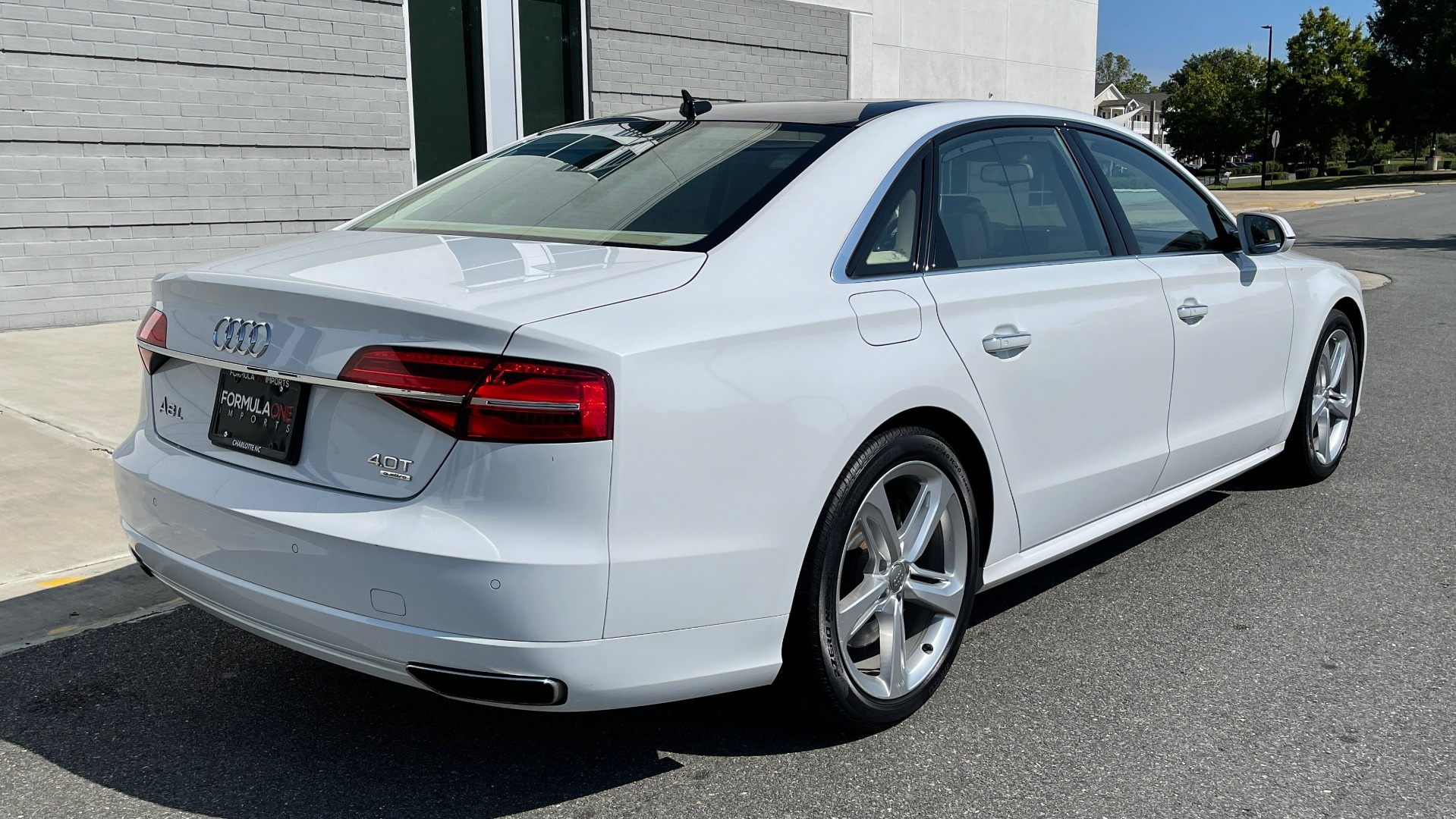 Used 2018 Audi A8 L SPORT 4.0T / EXECUTIVE PKG / NAV / BOSE / SUNROOF / REARVIEW for sale Sold at Formula Imports in Charlotte NC 28227 6