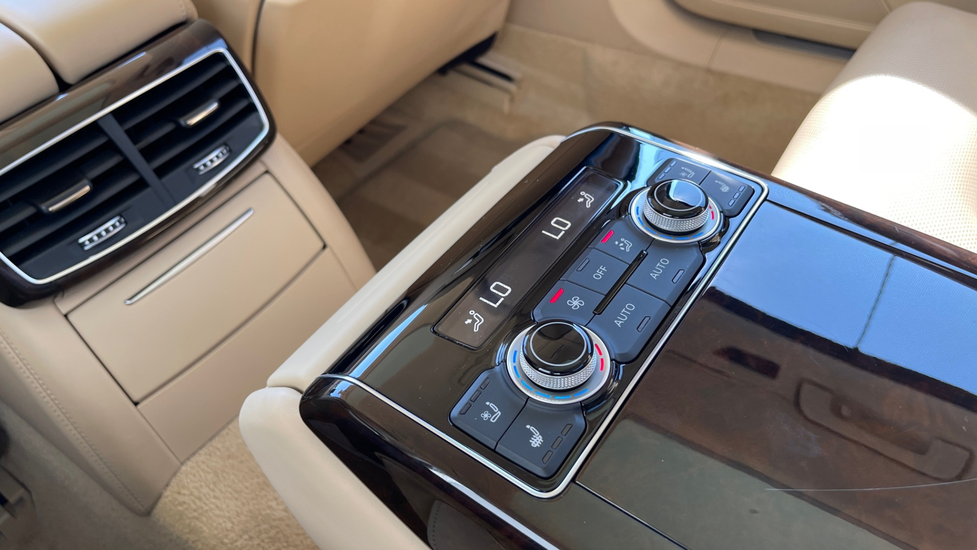 Used 2018 Audi A8 L SPORT 4.0T / EXECUTIVE PKG / NAV / BOSE / SUNROOF / REARVIEW for sale Sold at Formula Imports in Charlotte NC 28227 69
