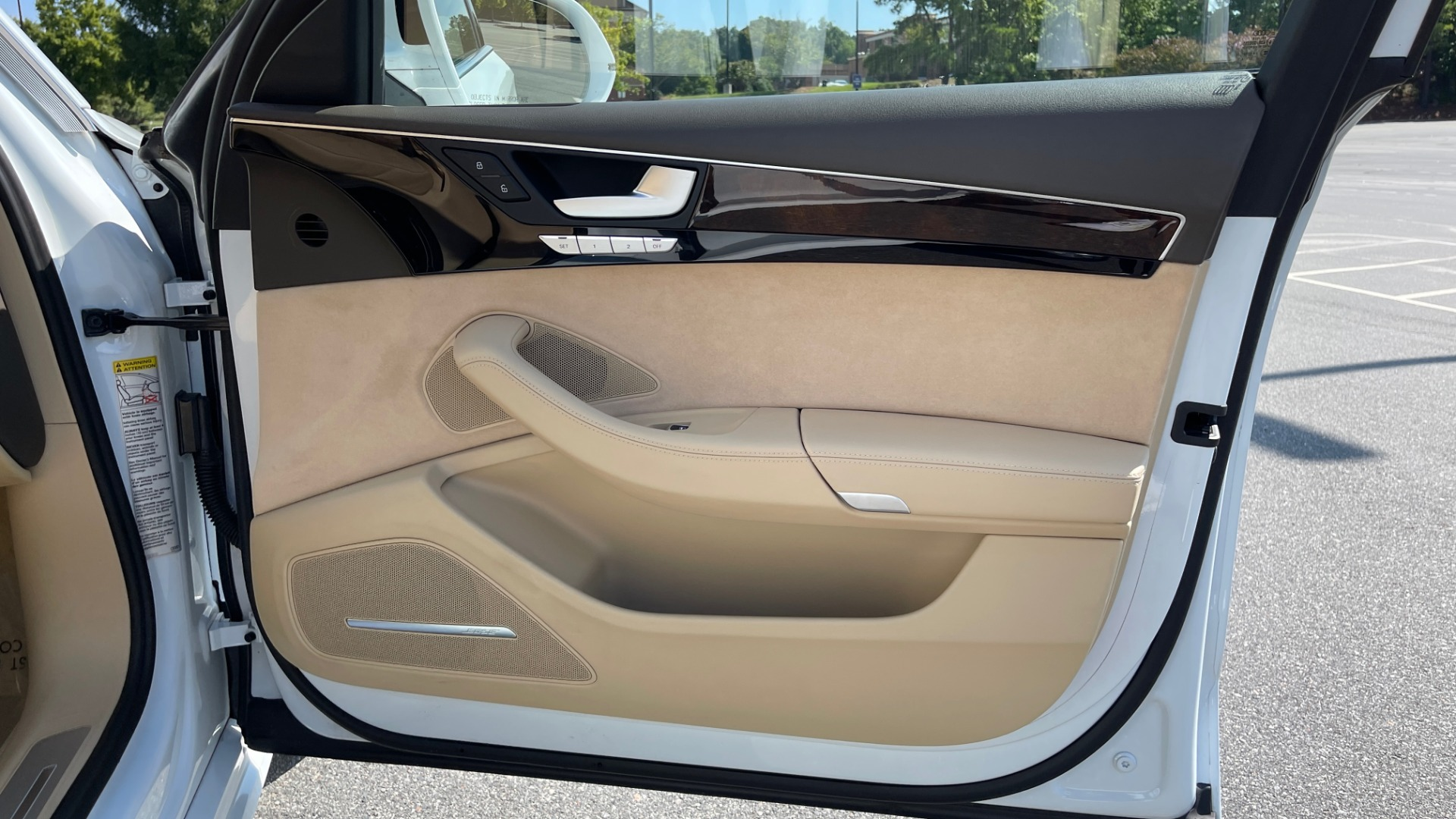 Used 2018 Audi A8 L SPORT 4.0T / EXECUTIVE PKG / NAV / BOSE / SUNROOF / REARVIEW for sale Sold at Formula Imports in Charlotte NC 28227 77