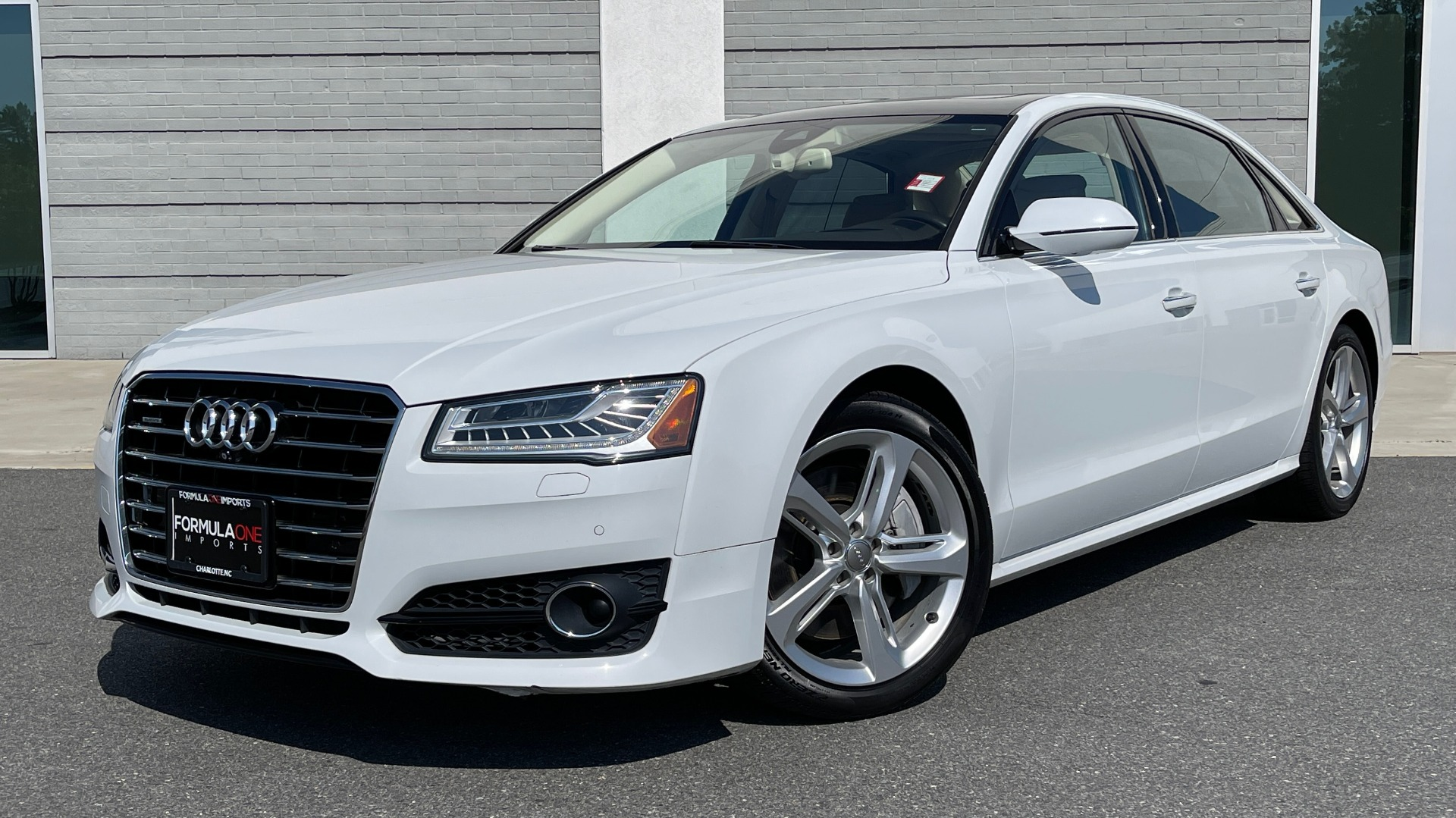 Used 2018 Audi A8 L SPORT 4.0T / EXECUTIVE PKG / NAV / BOSE / SUNROOF / REARVIEW for sale Sold at Formula Imports in Charlotte NC 28227 1