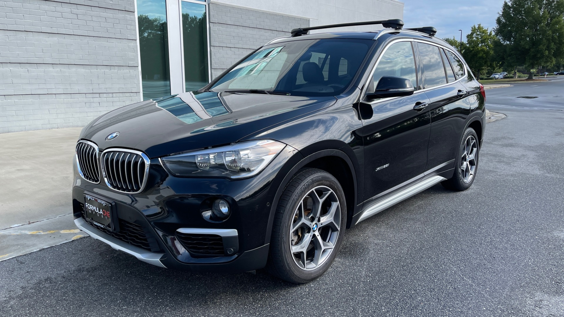 Used 2017 BMW X1 XDRIVE28I / DRVR ASST PKG / COLD WTHR / HTD FRT STS / PANO-ROOF / REARVIEW for sale $25,795 at Formula Imports in Charlotte NC 28227 3