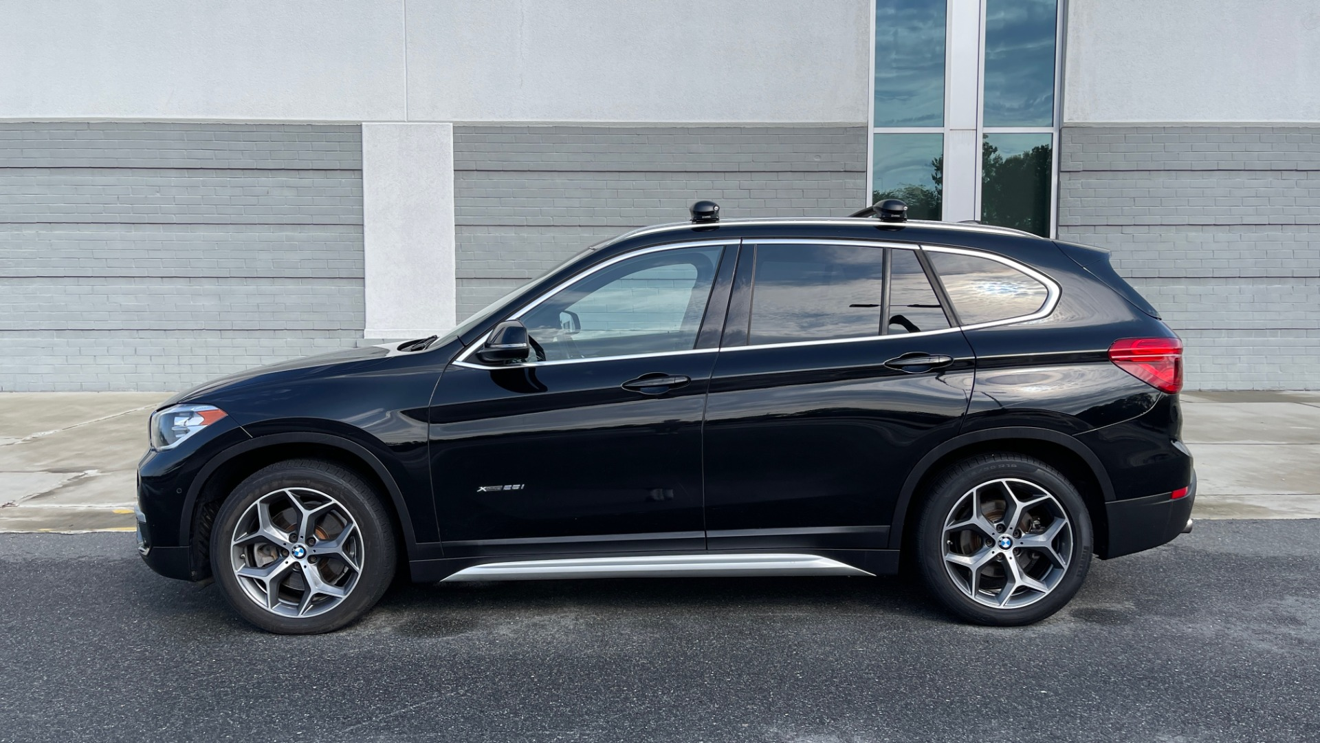 Used 2017 BMW X1 XDRIVE28I / DRVR ASST PKG / COLD WTHR / HTD FRT STS / PANO-ROOF / REARVIEW for sale $25,795 at Formula Imports in Charlotte NC 28227 4