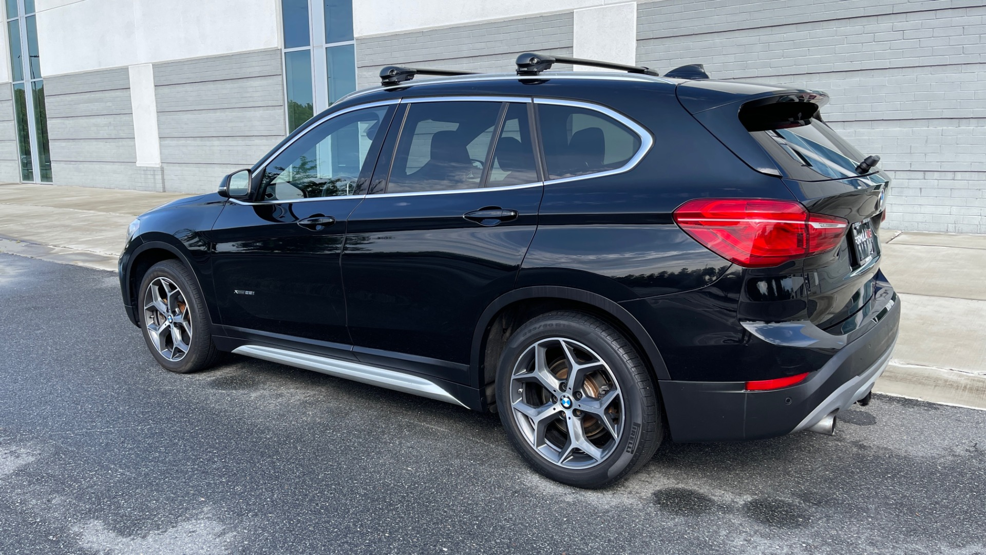Used 2017 BMW X1 XDRIVE28I / DRVR ASST PKG / COLD WTHR / HTD FRT STS / PANO-ROOF / REARVIEW for sale $25,795 at Formula Imports in Charlotte NC 28227 5