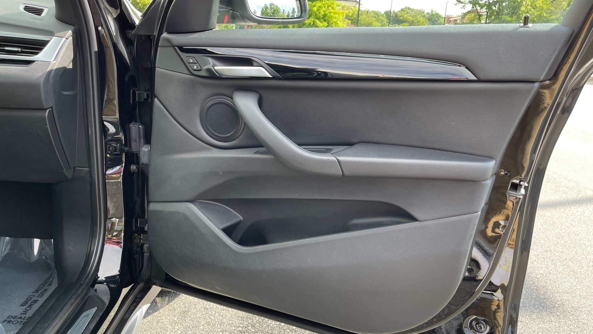 Used 2017 BMW X1 XDRIVE28I / DRVR ASST PKG / COLD WTHR / HTD FRT STS / PANO-ROOF / REARVIEW for sale $25,795 at Formula Imports in Charlotte NC 28227 58