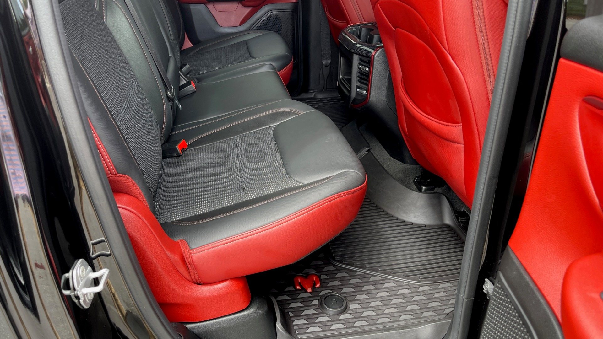 Used 2019 Ram 1500 REBEL QUADCAB 4X4 / 5.7L HEMI / 8-SPD AUTO / REMOTE START / PARK ASSIST for sale $44,495 at Formula Imports in Charlotte NC 28227 60