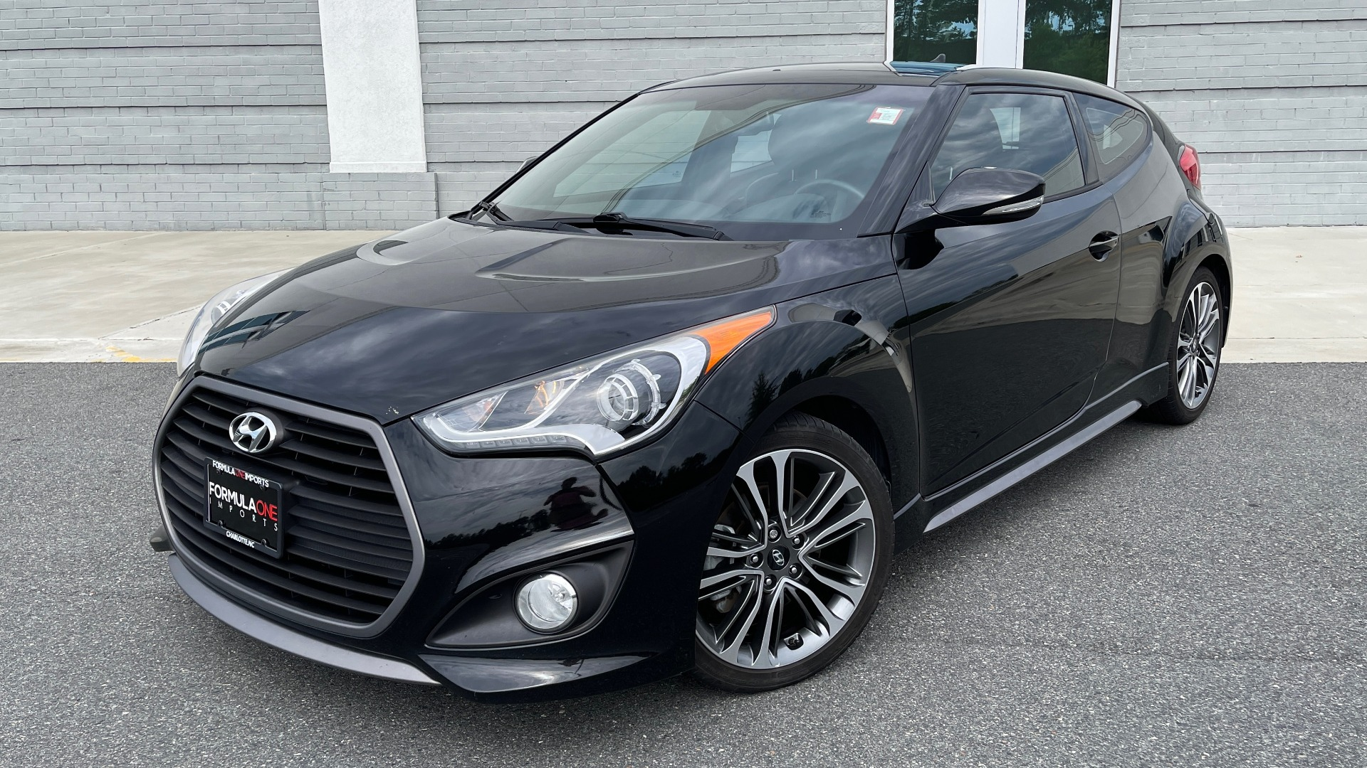 Used 2016 Hyundai VELOSTER TURBO 1.6L / AUTO / NAV / PANO-ROOF / REARVIEW for sale Sold at Formula Imports in Charlotte NC 28227 1