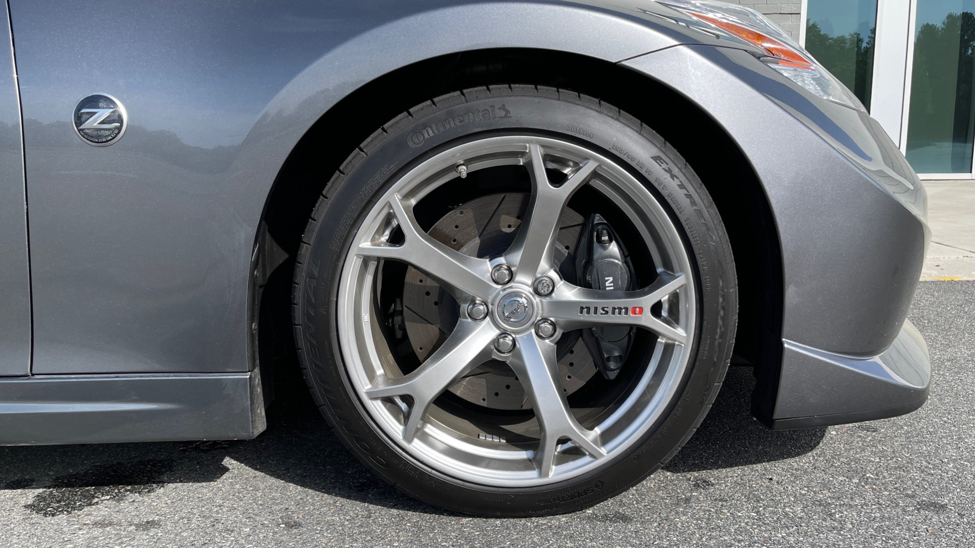 Used 2011 Nissan 370Z NISMO COUPE / 3.7L V6 / 6-SPD MAN / AUTO CLIMATE CONTROL for sale $32,995 at Formula Imports in Charlotte NC 28227 51