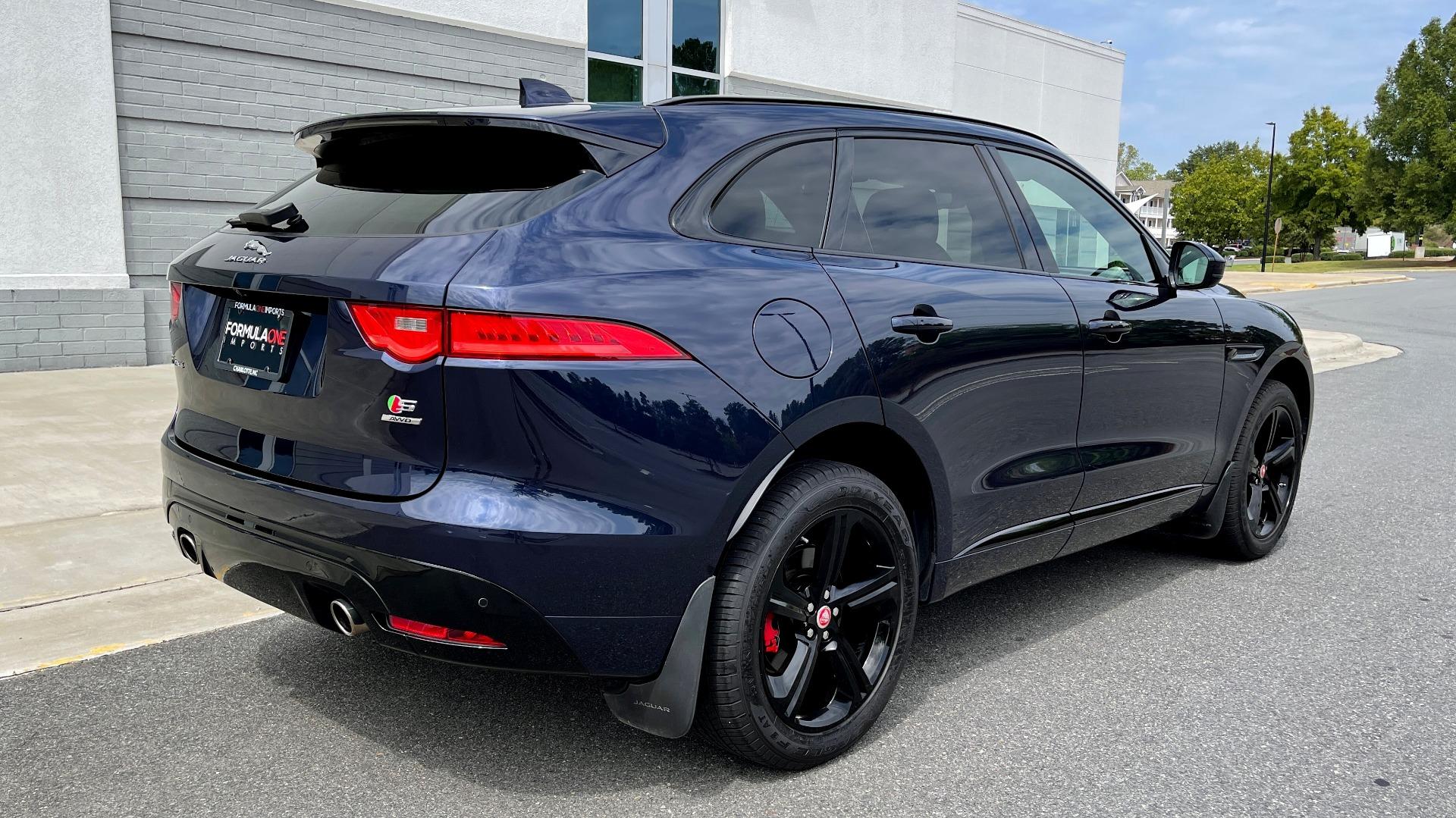 Used 2019 Jaguar F-PACE S / DRIVE PKG / BSA / HUD / BLACK EXT PKG / REARVIEW for sale $50,995 at Formula Imports in Charlotte NC 28227 2