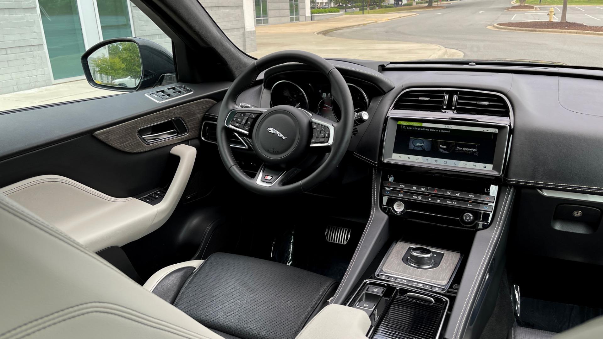 Used 2019 Jaguar F-PACE S / DRIVE PKG / BSA / HUD / BLACK EXT PKG / REARVIEW for sale $50,995 at Formula Imports in Charlotte NC 28227 56