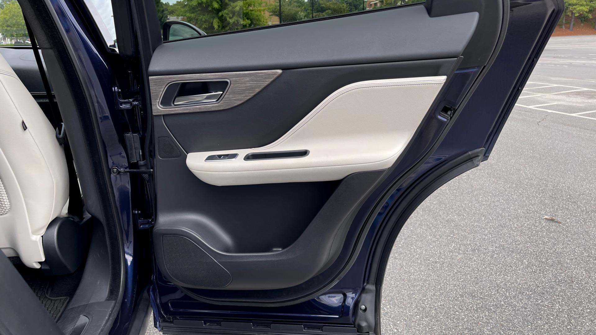 Used 2019 Jaguar F-PACE S / DRIVE PKG / BSA / HUD / BLACK EXT PKG / REARVIEW for sale $50,995 at Formula Imports in Charlotte NC 28227 57