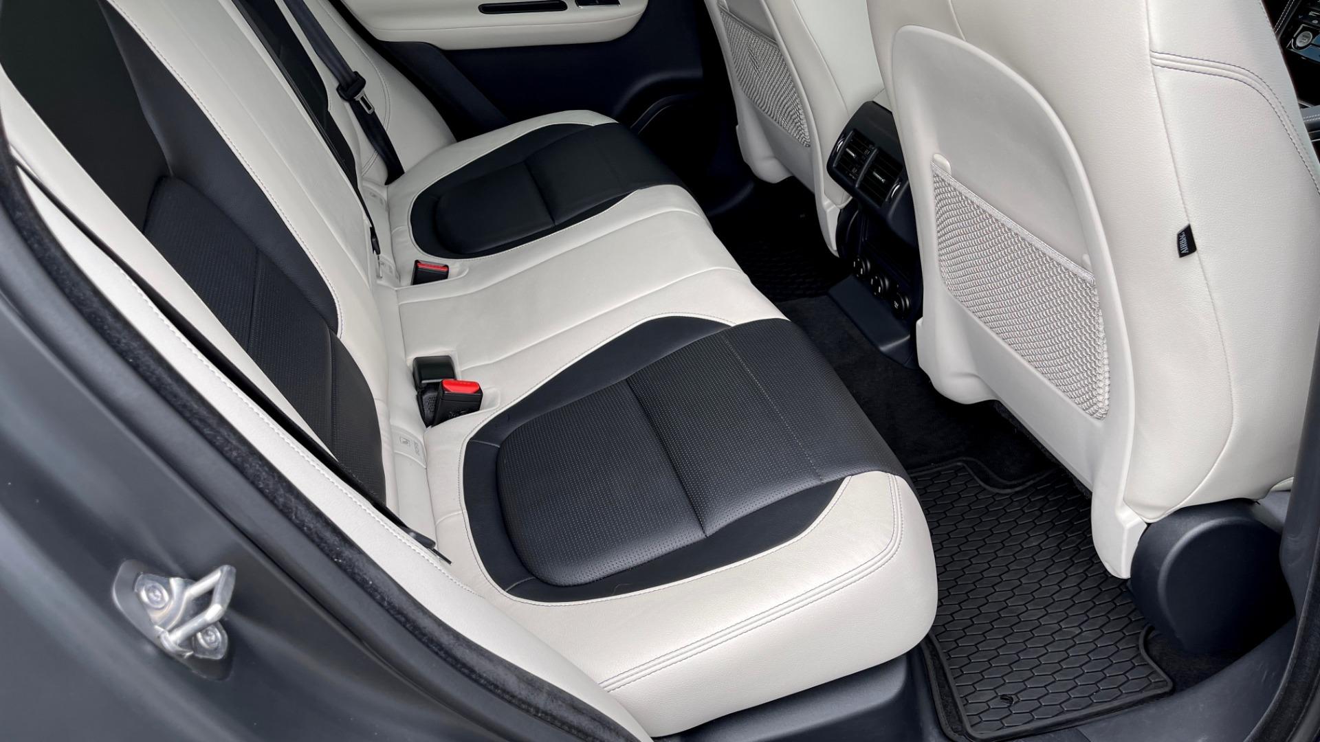 Used 2019 Jaguar F-PACE S / DRIVE PKG / BSA / HUD / BLACK EXT PKG / REARVIEW for sale $50,995 at Formula Imports in Charlotte NC 28227 59