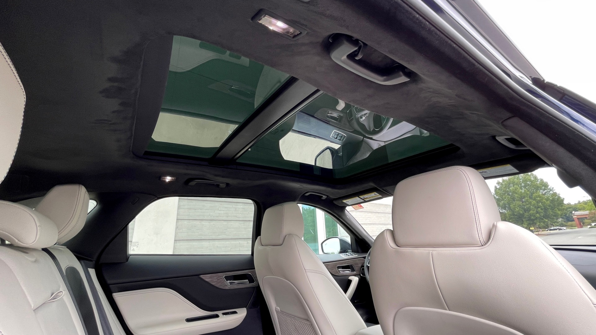 Used 2019 Jaguar F-PACE S / DRIVE PKG / BSA / HUD / BLACK EXT PKG / REARVIEW for sale $50,995 at Formula Imports in Charlotte NC 28227 61