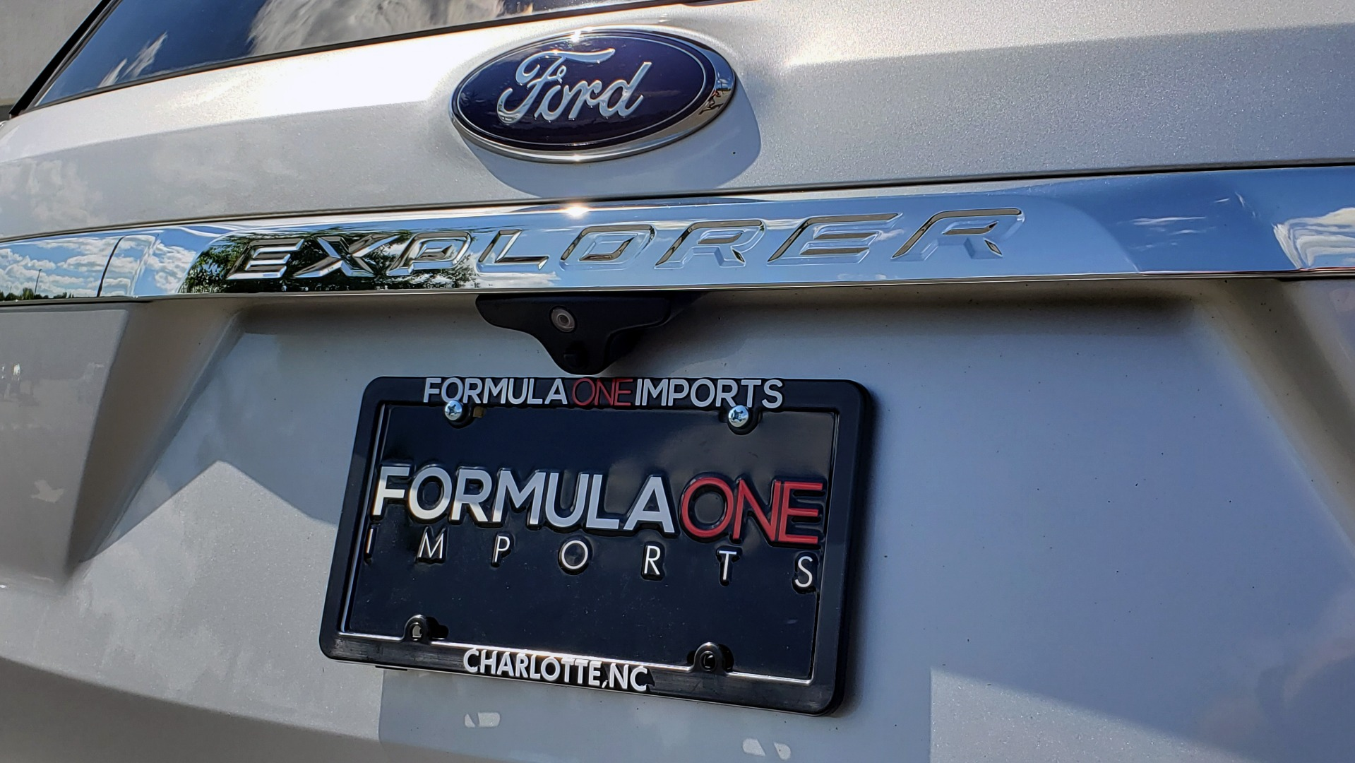 Used 2017 Ford EXPLORER 3.5L V6 / 6-SPD AUTO / BLIND SPOT MONITOR / 3-ROW / SYNC / REARVIEW for sale $22,995 at Formula Imports in Charlotte NC 28227 30