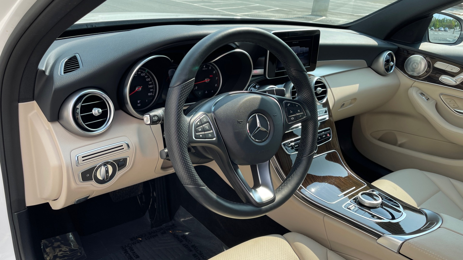 Used 2018 Mercedes-Benz C-Class C 300 4MATIC / PREMIUM / BURMESTER / HTD STS / SUNROOF / REARVIEW for sale $33,995 at Formula Imports in Charlotte NC 28227 26