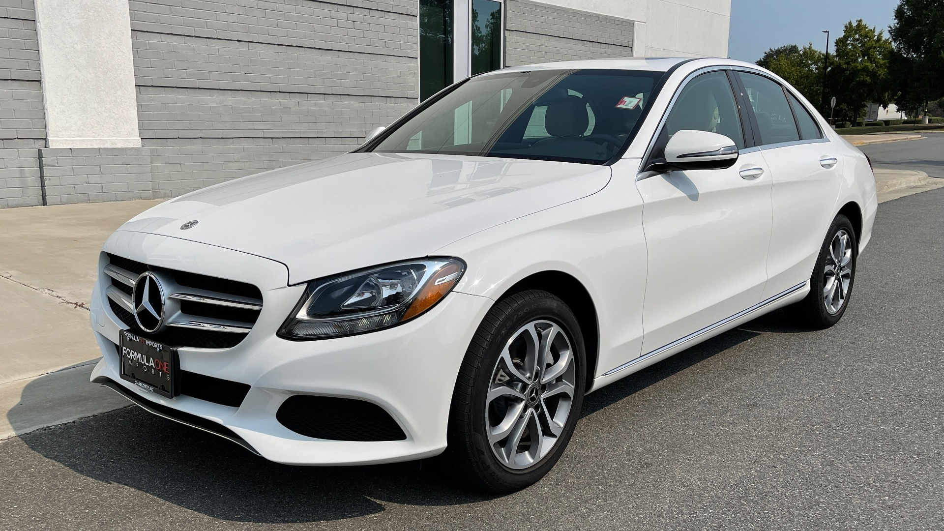 Used 2018 Mercedes-Benz C-Class C 300 4MATIC / PREMIUM / BURMESTER / HTD STS / SUNROOF / REARVIEW for sale $33,995 at Formula Imports in Charlotte NC 28227 3