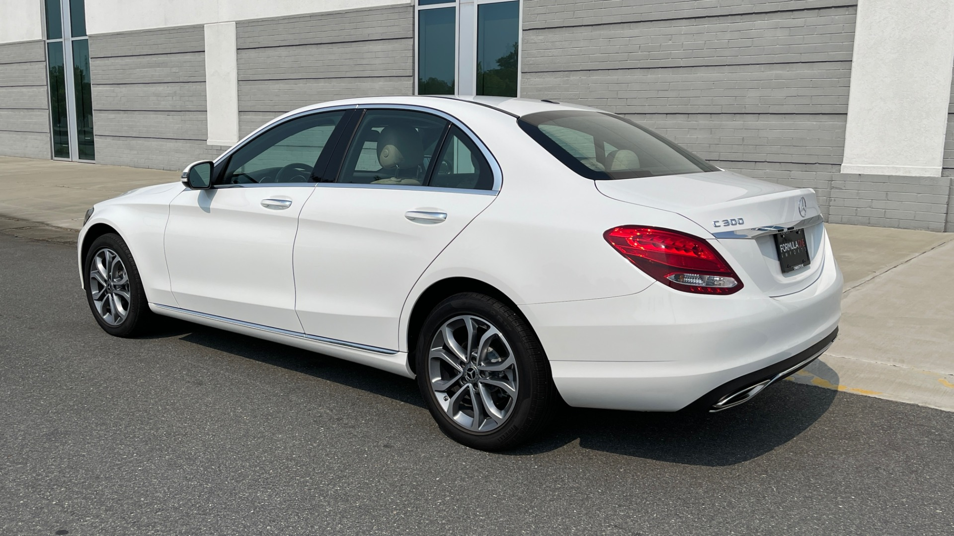 Used 2018 Mercedes-Benz C-Class C 300 4MATIC / PREMIUM / BURMESTER / HTD STS / SUNROOF / REARVIEW for sale $33,995 at Formula Imports in Charlotte NC 28227 5