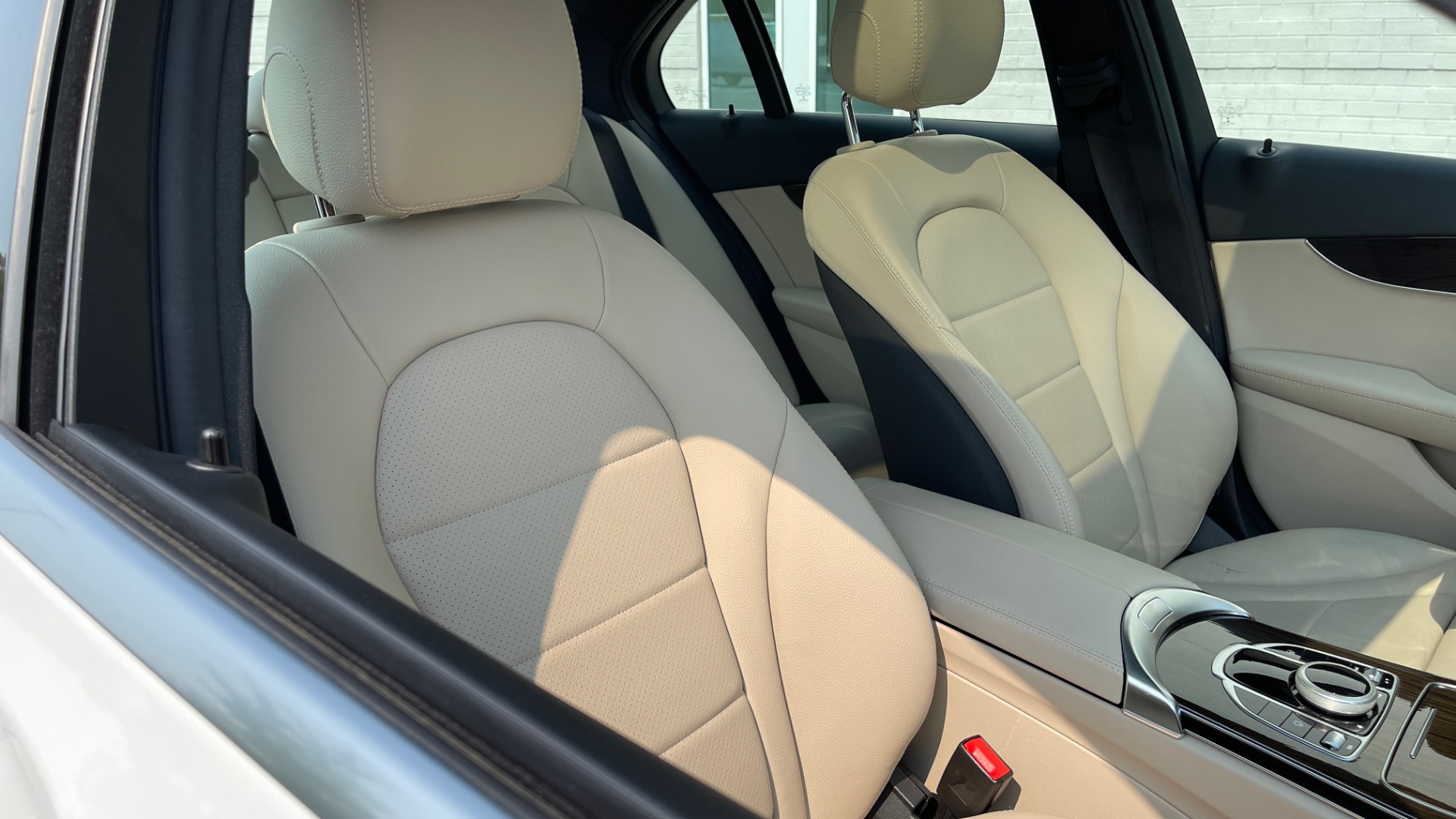 Used 2018 Mercedes-Benz C-Class C 300 4MATIC / PREMIUM / BURMESTER / HTD STS / SUNROOF / REARVIEW for sale $33,995 at Formula Imports in Charlotte NC 28227 57
