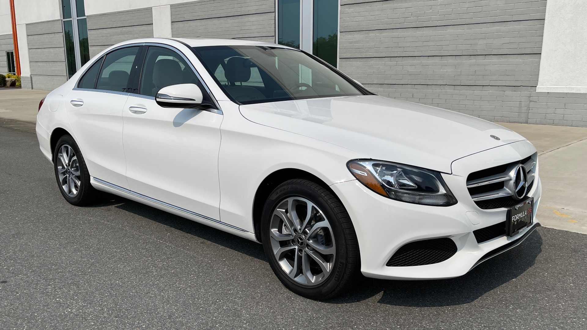 Used 2018 Mercedes-Benz C-Class C 300 4MATIC / PREMIUM / BURMESTER / HTD STS / SUNROOF / REARVIEW for sale $33,995 at Formula Imports in Charlotte NC 28227 6