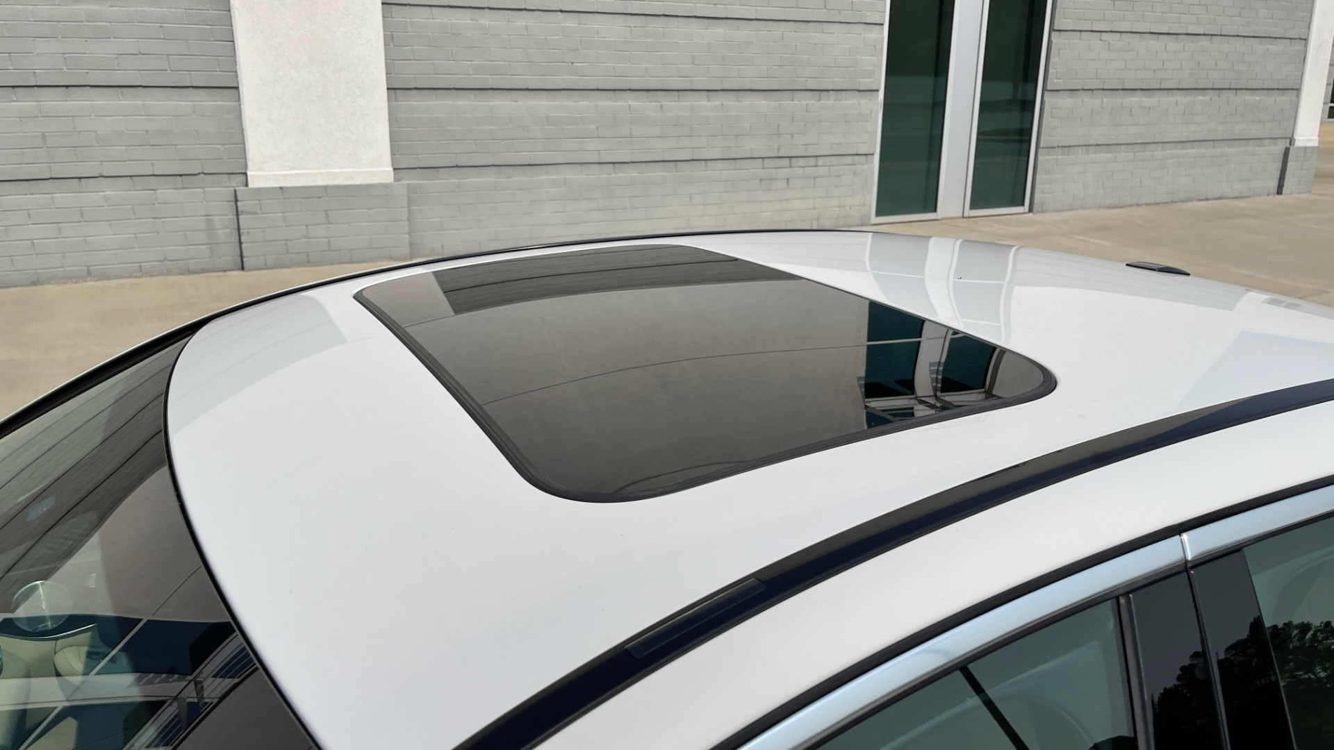 Used 2018 Mercedes-Benz C-Class C 300 4MATIC / PREMIUM / BURMESTER / HTD STS / SUNROOF / REARVIEW for sale $33,995 at Formula Imports in Charlotte NC 28227 8