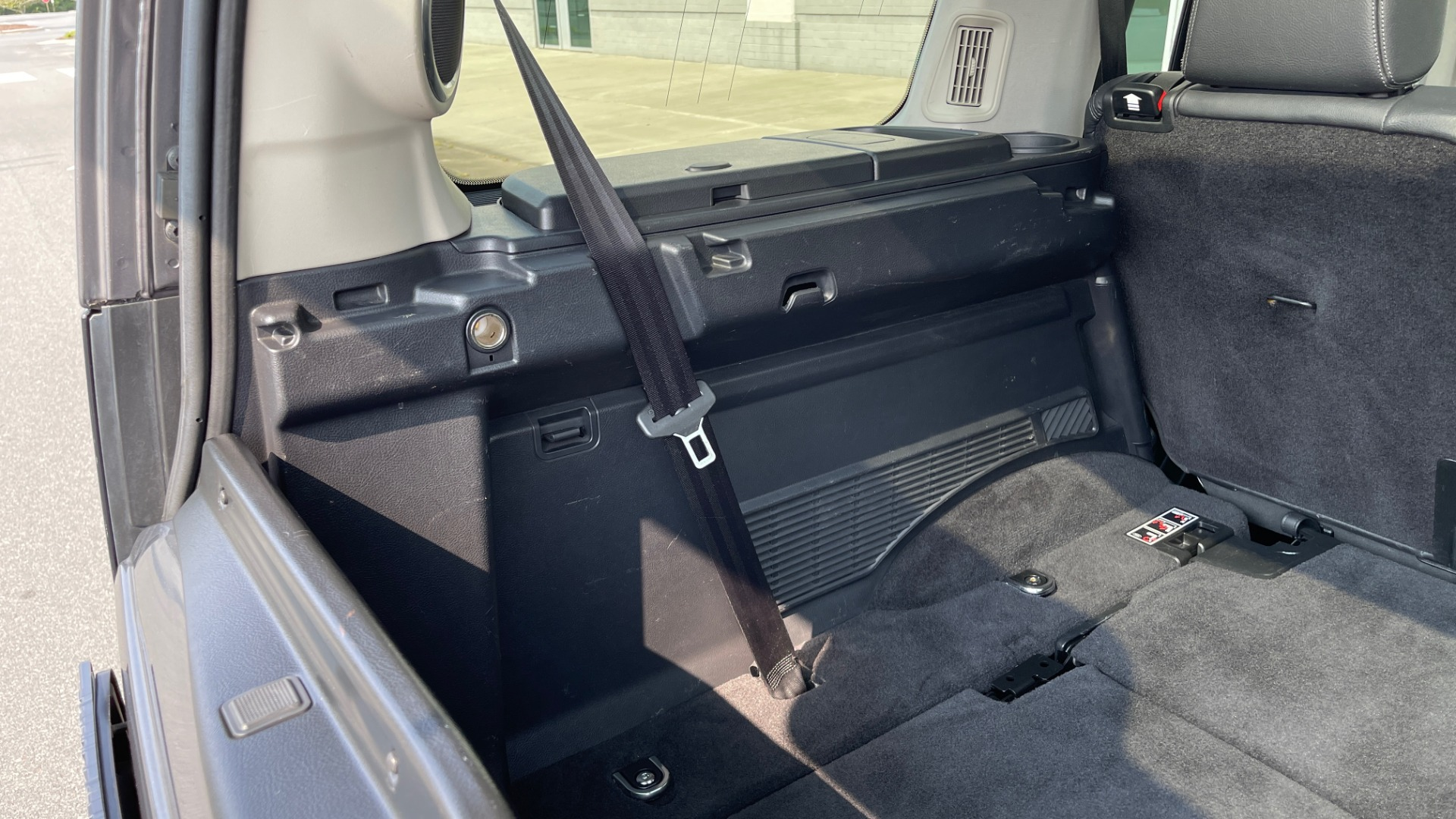 Used 2016 Land Rover LR4 HSE / NAV / SUNROOF / 3-ROW / MERIDIAN SOUND SYS / REARVIEW for sale $30,995 at Formula Imports in Charlotte NC 28227 16