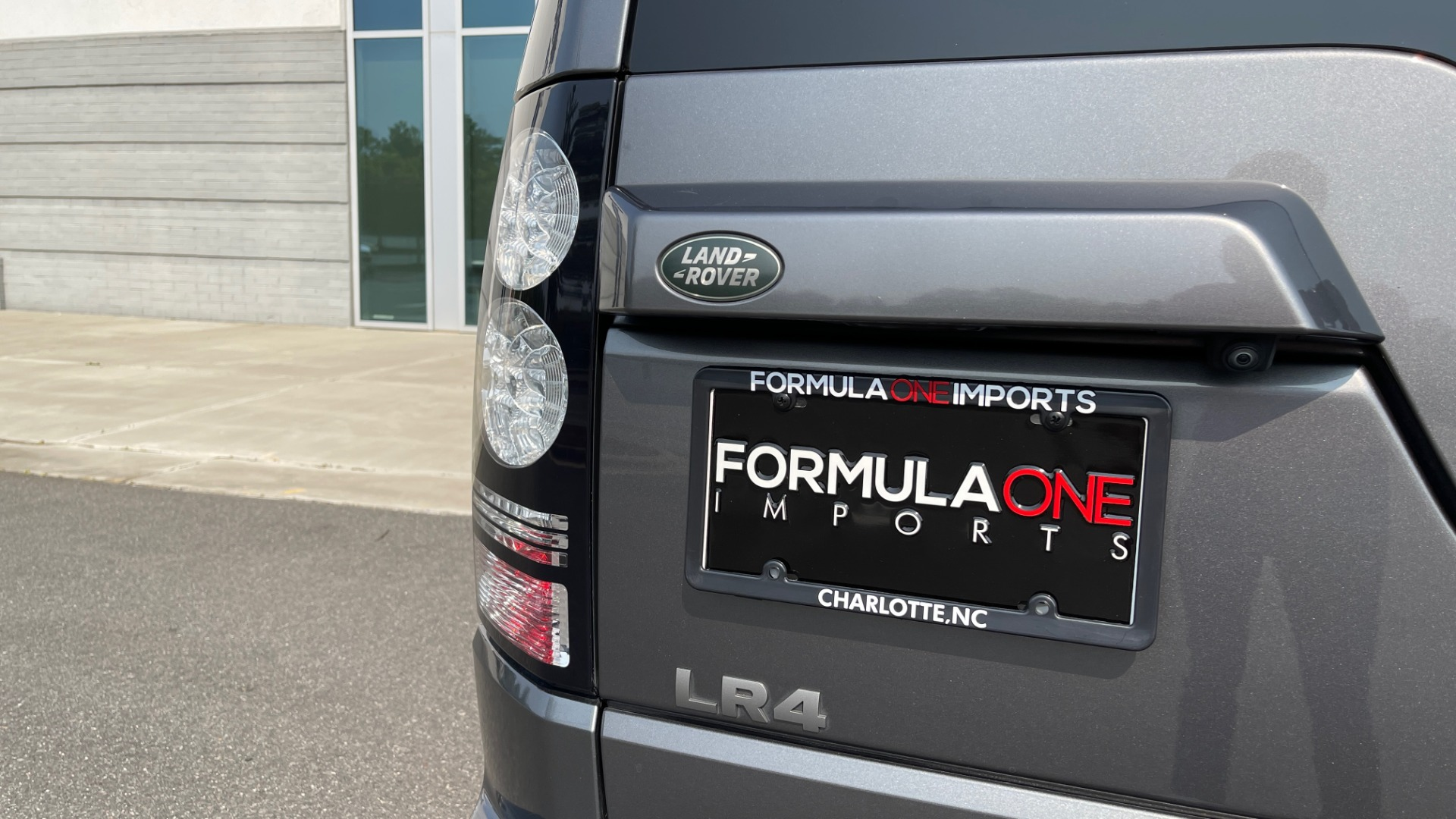 Used 2016 Land Rover LR4 HSE / NAV / SUNROOF / 3-ROW / MERIDIAN SOUND SYS / REARVIEW for sale $30,995 at Formula Imports in Charlotte NC 28227 21