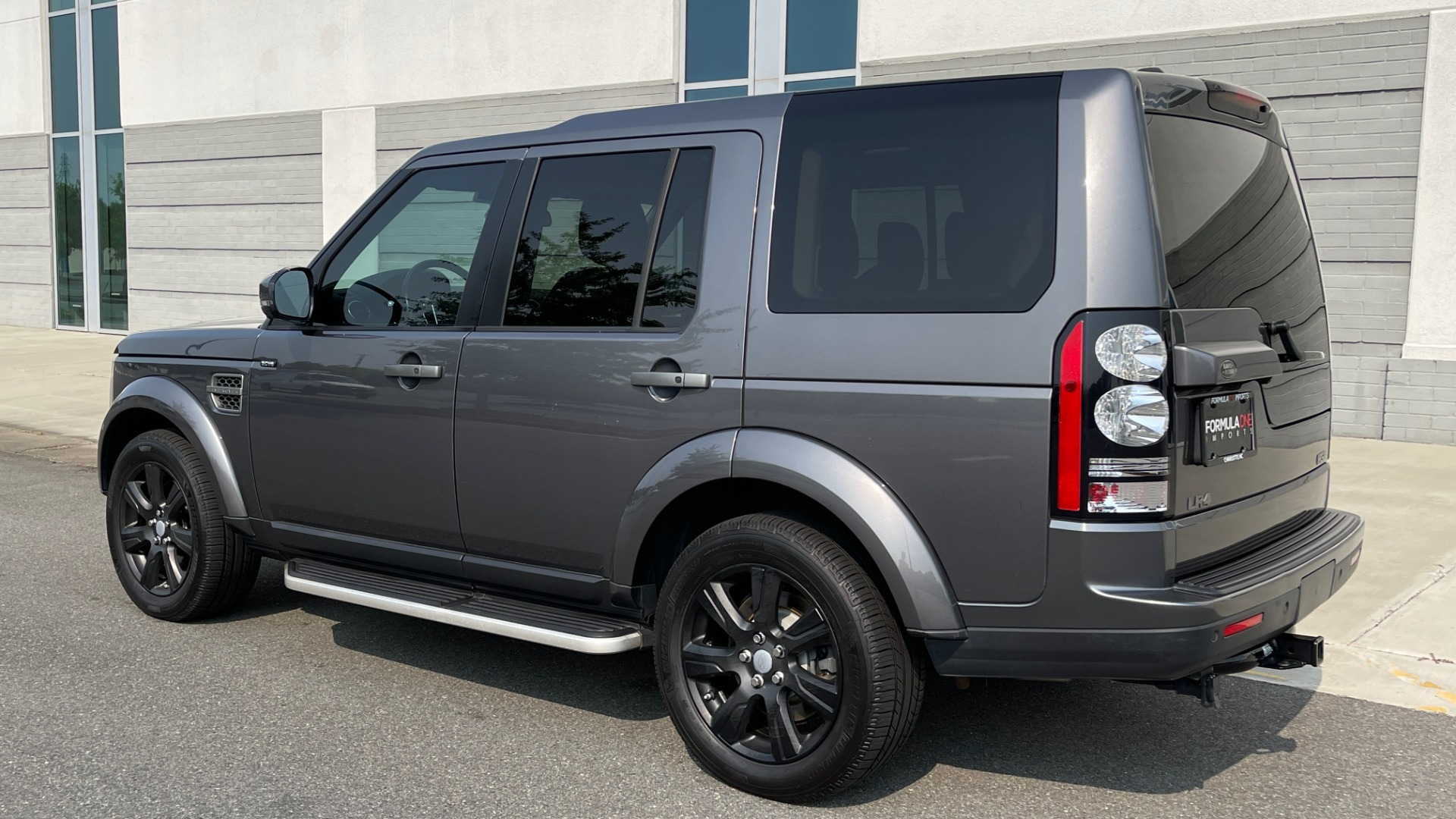 Used 2016 Land Rover LR4 HSE / NAV / SUNROOF / 3-ROW / MERIDIAN SOUND SYS / REARVIEW for sale $30,995 at Formula Imports in Charlotte NC 28227 5