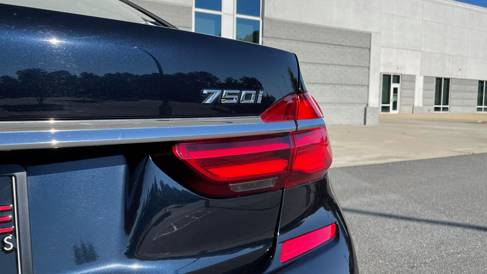 Used 2019 BMW 7 SERIES 750I XDRIVE M-SPORT / EXEC PKG / DRVR ASST PLUS / CLD WTHR / PAR for sale $60,995 at Formula Imports in Charlotte NC 28227 18