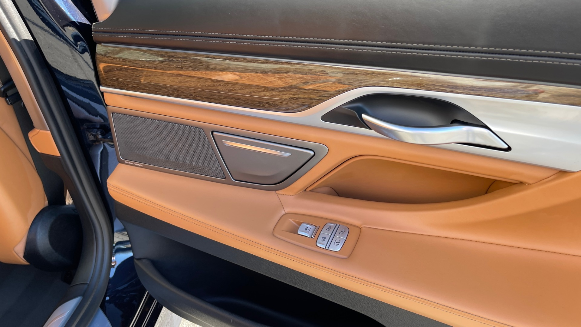 Used 2019 BMW 7 SERIES 750I XDRIVE M-SPORT / EXEC PKG / DRVR ASST PLUS / CLD WTHR / PAR for sale $60,995 at Formula Imports in Charlotte NC 28227 50
