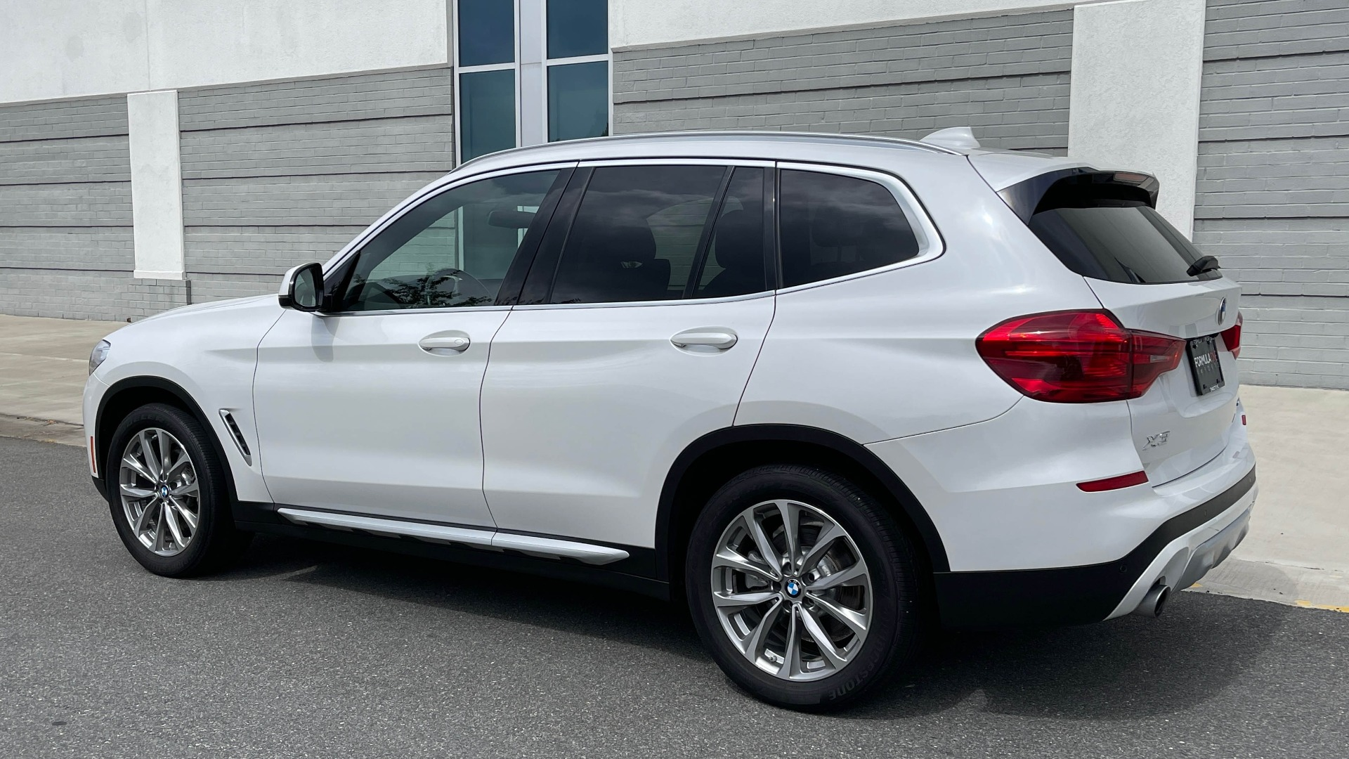 Used 2018 BMW X3 XDRIVE30I / NAV / PANO-ROOF / HTD STS / PARK DIST CNTRL / REARVIEW for sale $38,995 at Formula Imports in Charlotte NC 28227 4