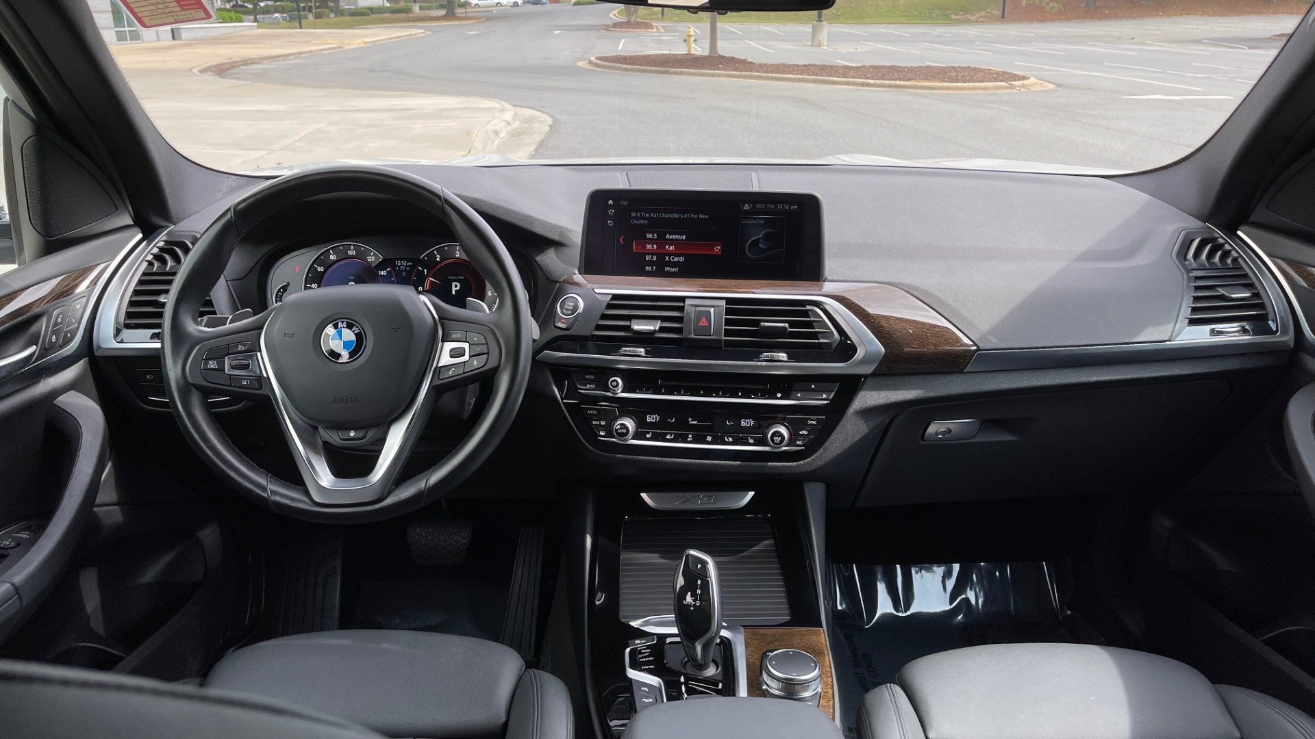 Used 2018 BMW X3 XDRIVE30I / NAV / PANO-ROOF / HTD STS / PARK DIST CNTRL / REARVIEW for sale $38,995 at Formula Imports in Charlotte NC 28227 54
